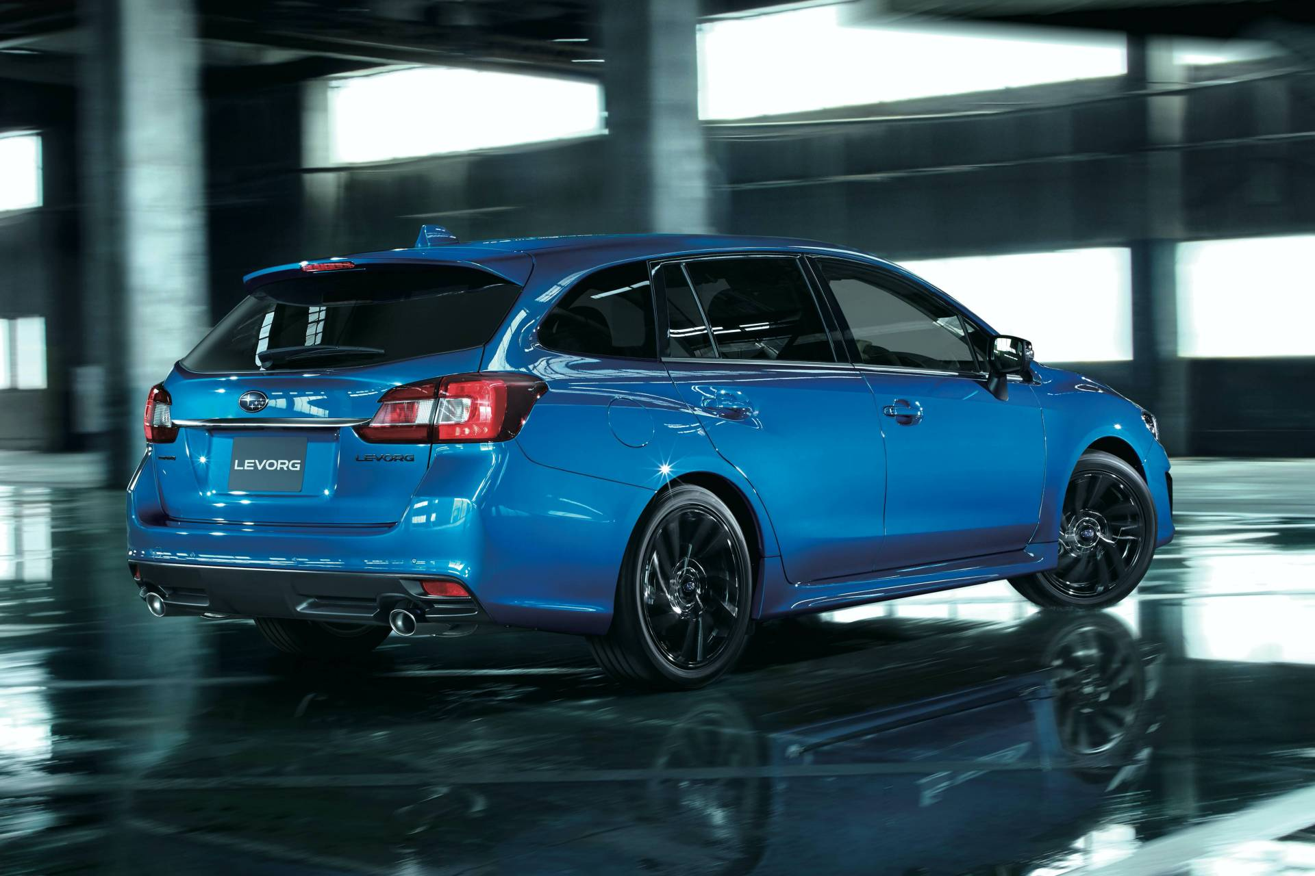Subaru-Levorg-2.0GT-EyeSight-V-Sport-4
