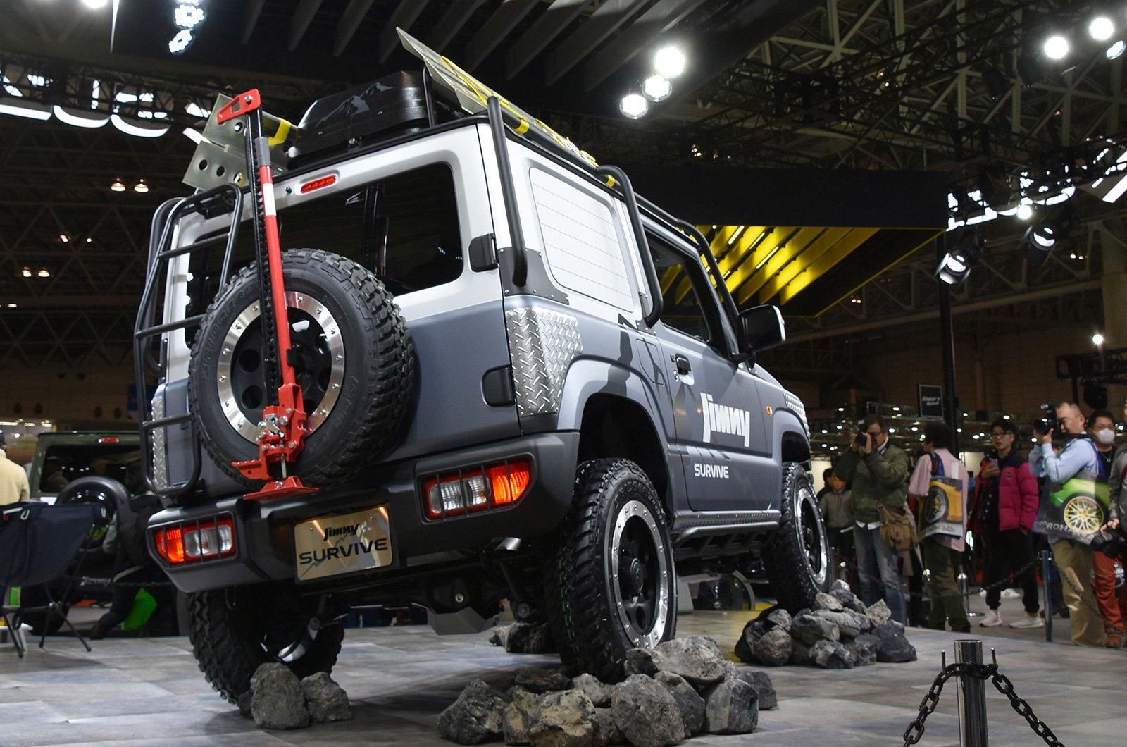 Suzuki Jimny Sierra Pickup Style concept andJimny Survive concept (8)