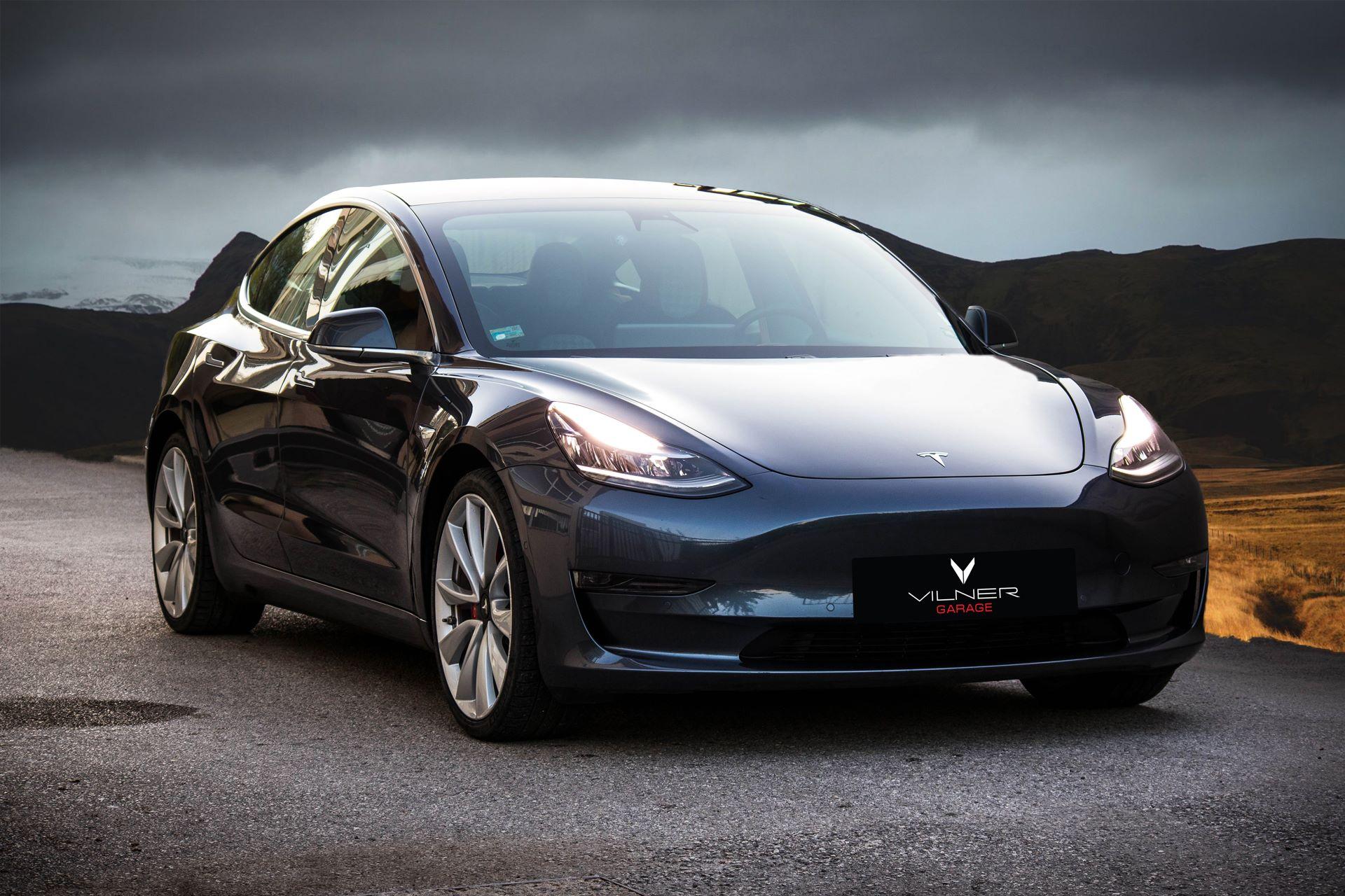 Tesla-Model-3-by-Vilner-16