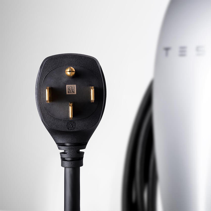 Tesla portable home faast charger (4)
