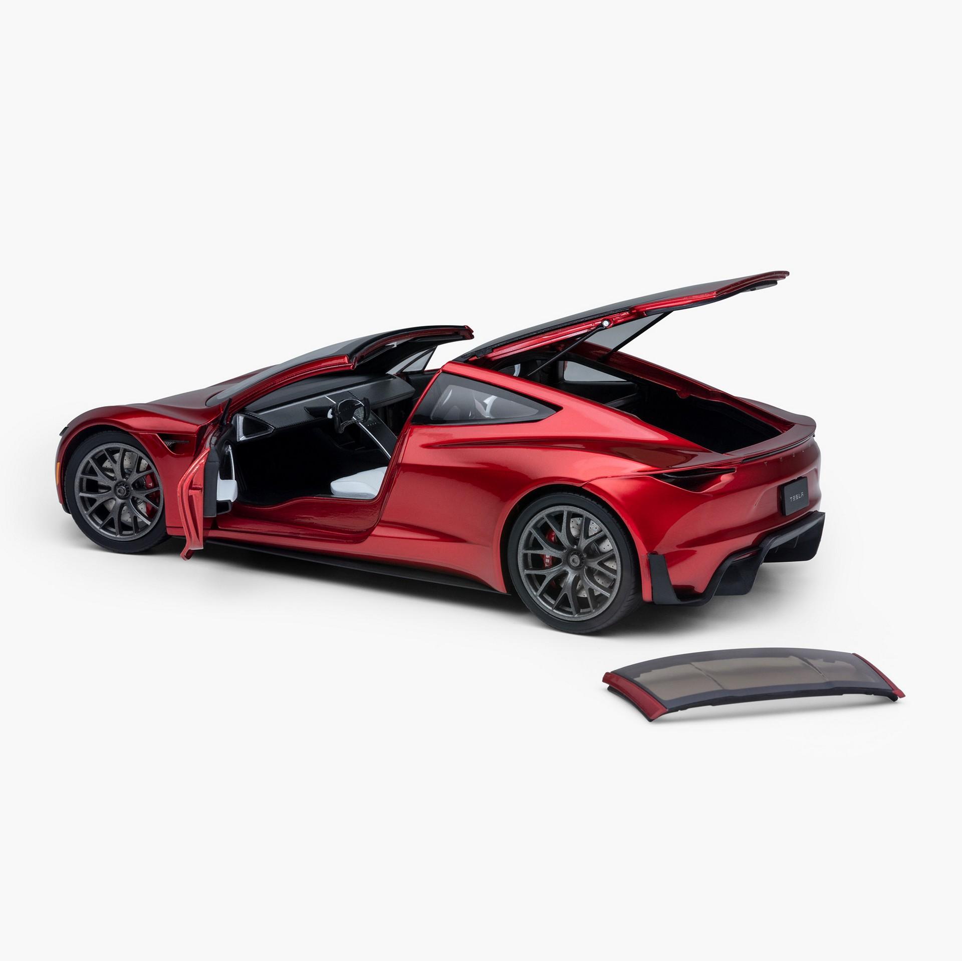 Tesla_Roadster_diecat_0003