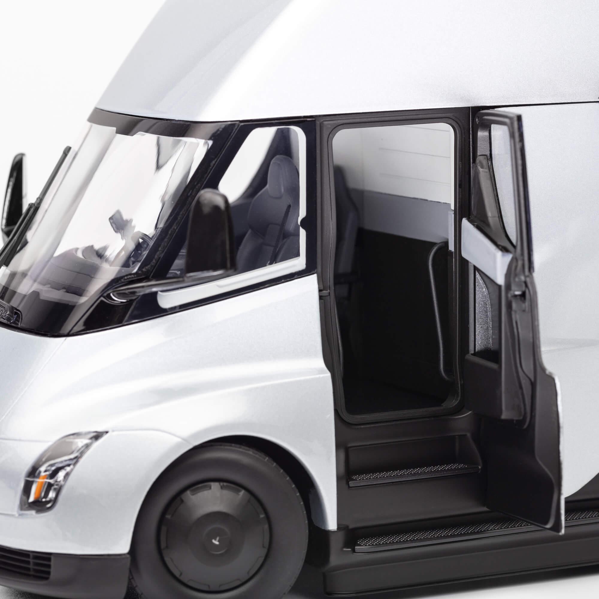 Tesla Semi Diecast (4)