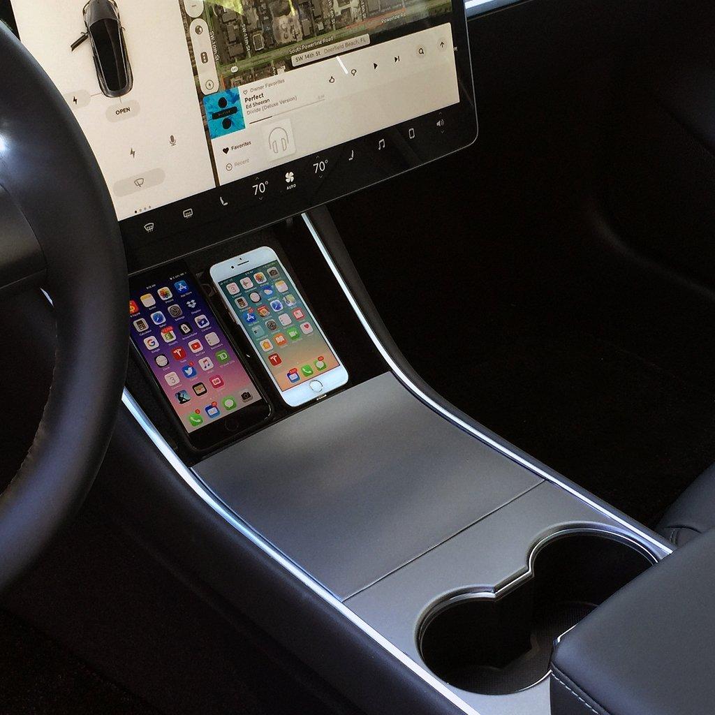 Tesla_wireless_charging_Model-3_0003