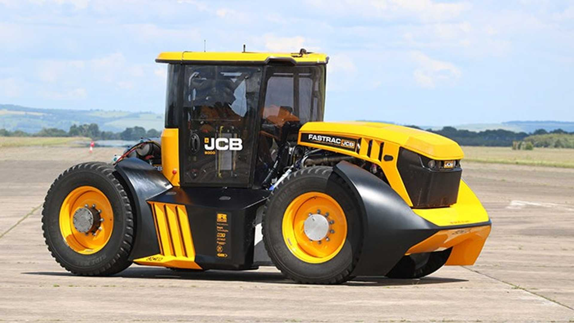 the-world-s-fastest-tractor-4