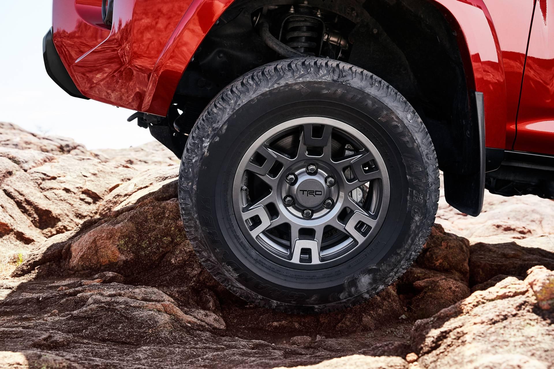 Toyota-4Runner-Venture-Edition-6