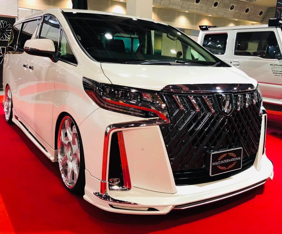 Toyota-Alphard-by-Wald-International-18
