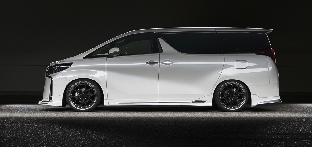 Toyota-Alphard-by-Wald-International-9