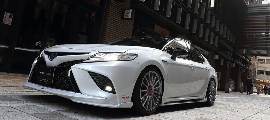 Toyota_Camry_by_Artisan_Spirits_0013