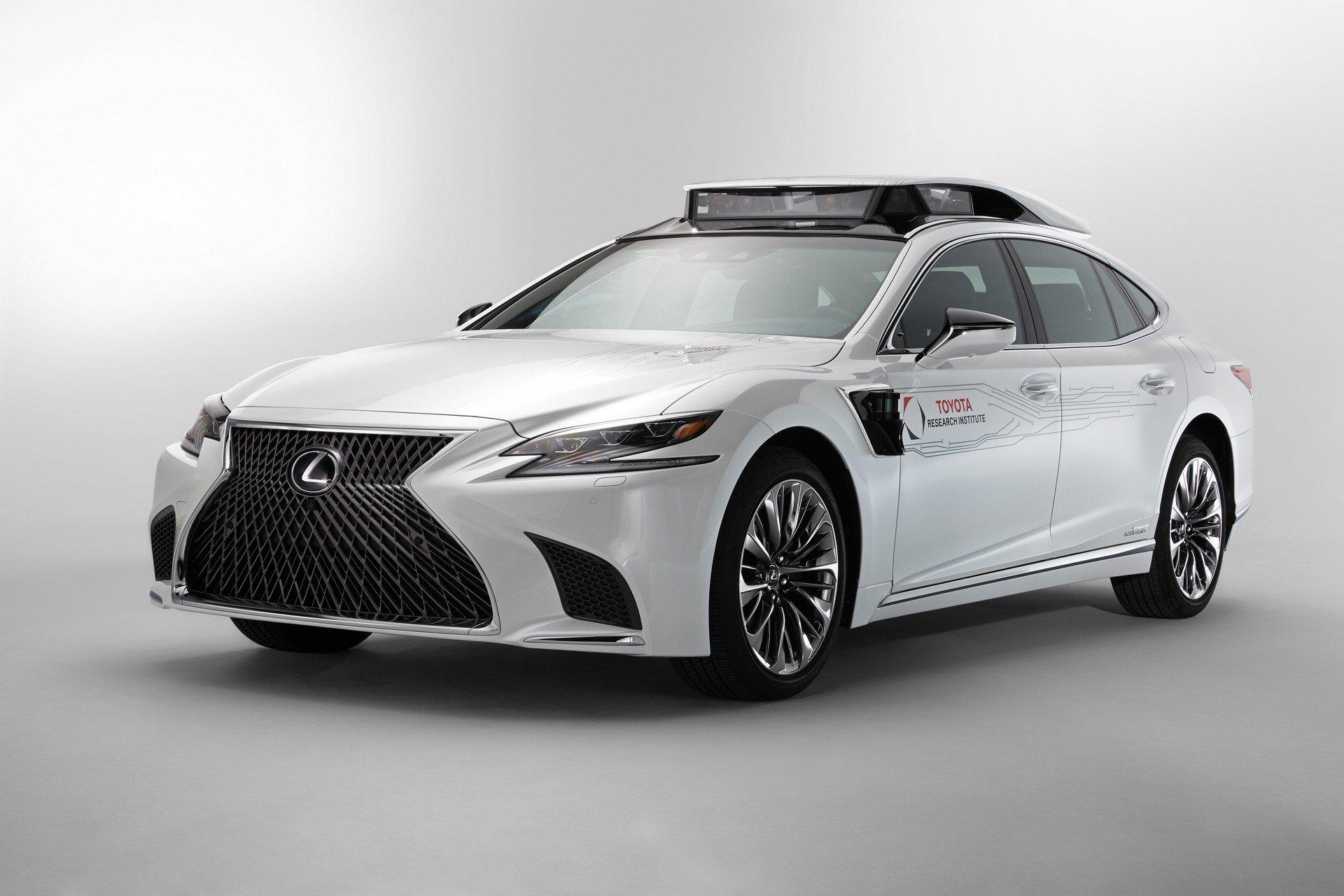 Toyota CES Lexus LS500h TRI-P4 autonomous (3)