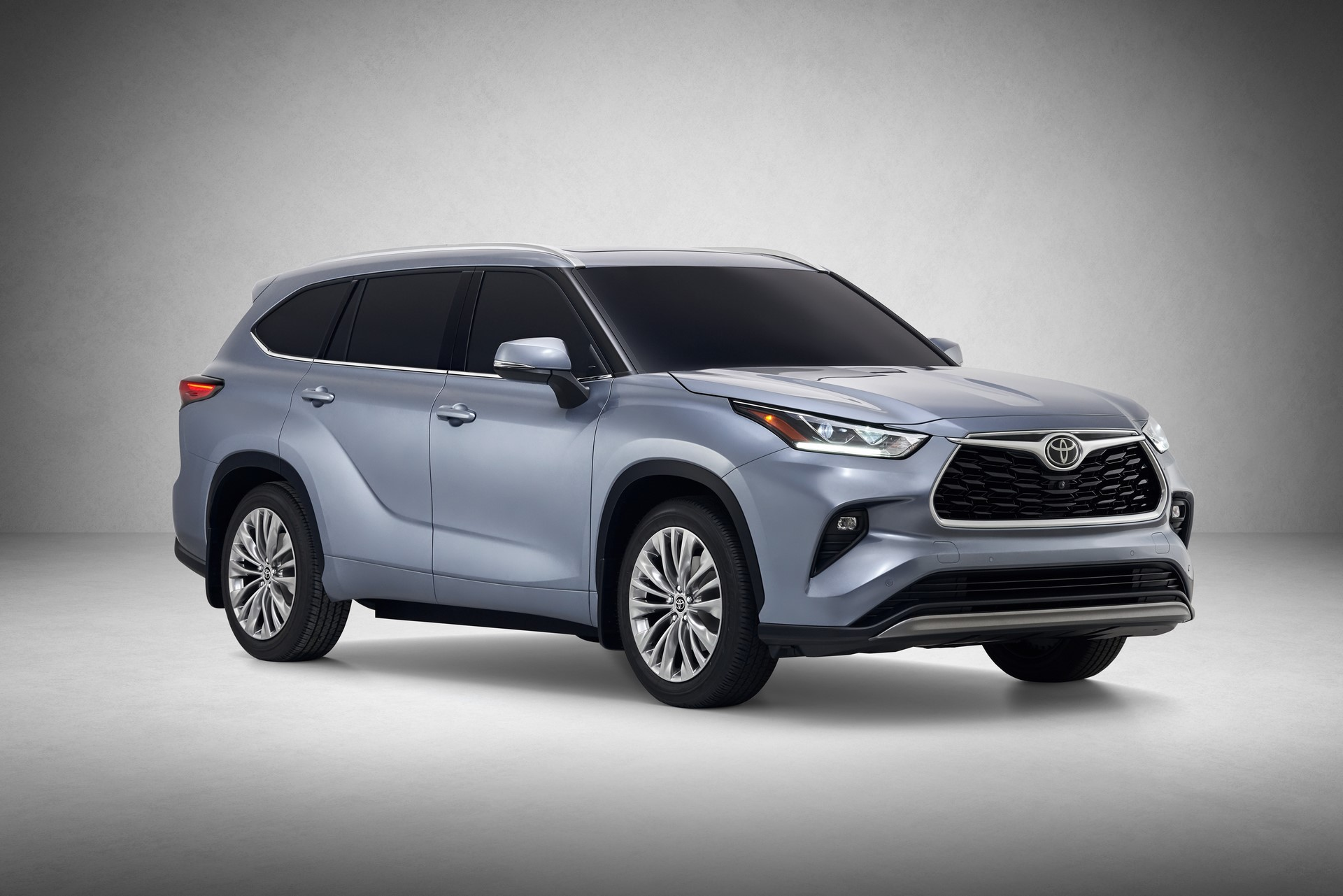 Toyota-Highlander-2020-2