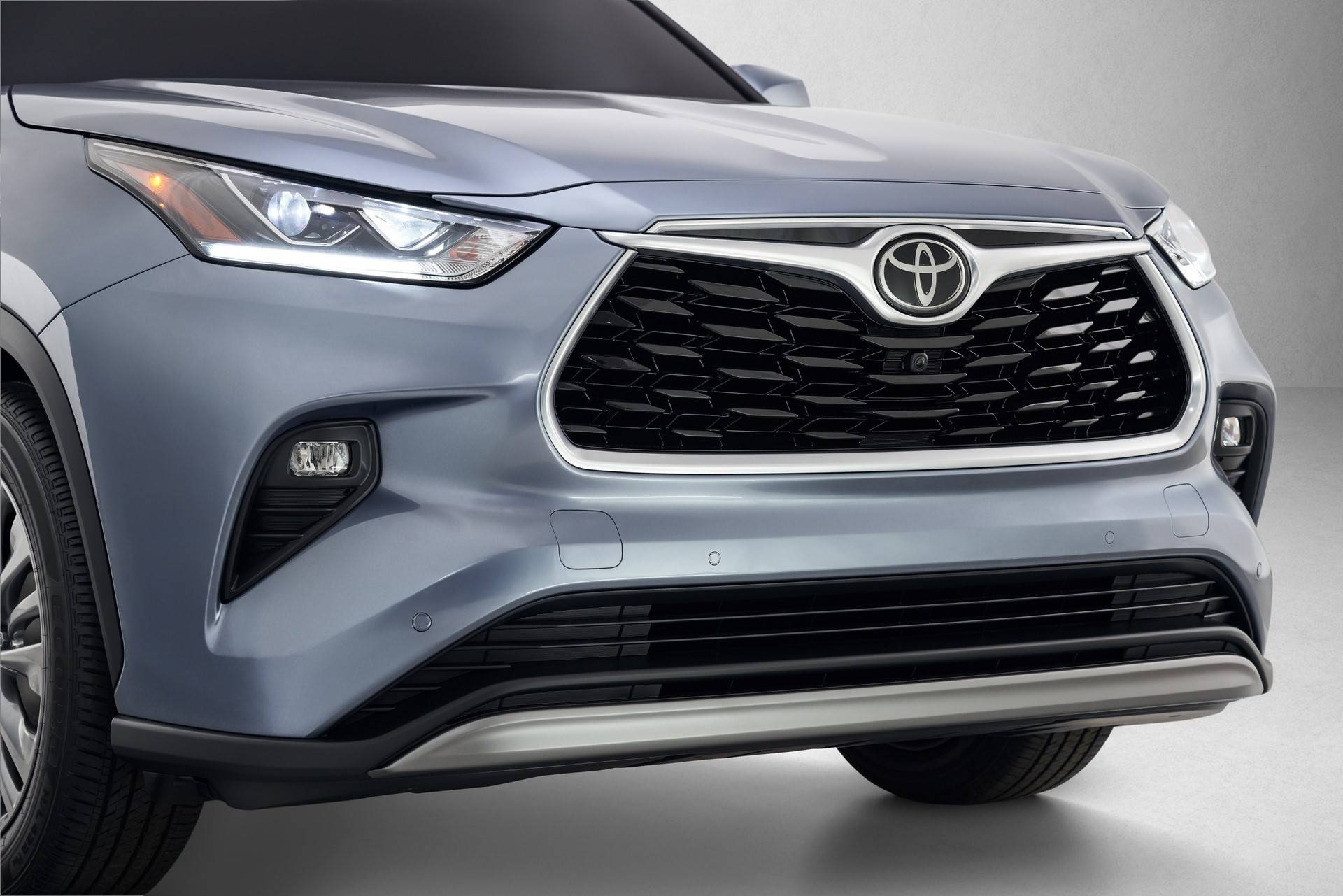 Toyota-Highlander-2020-3