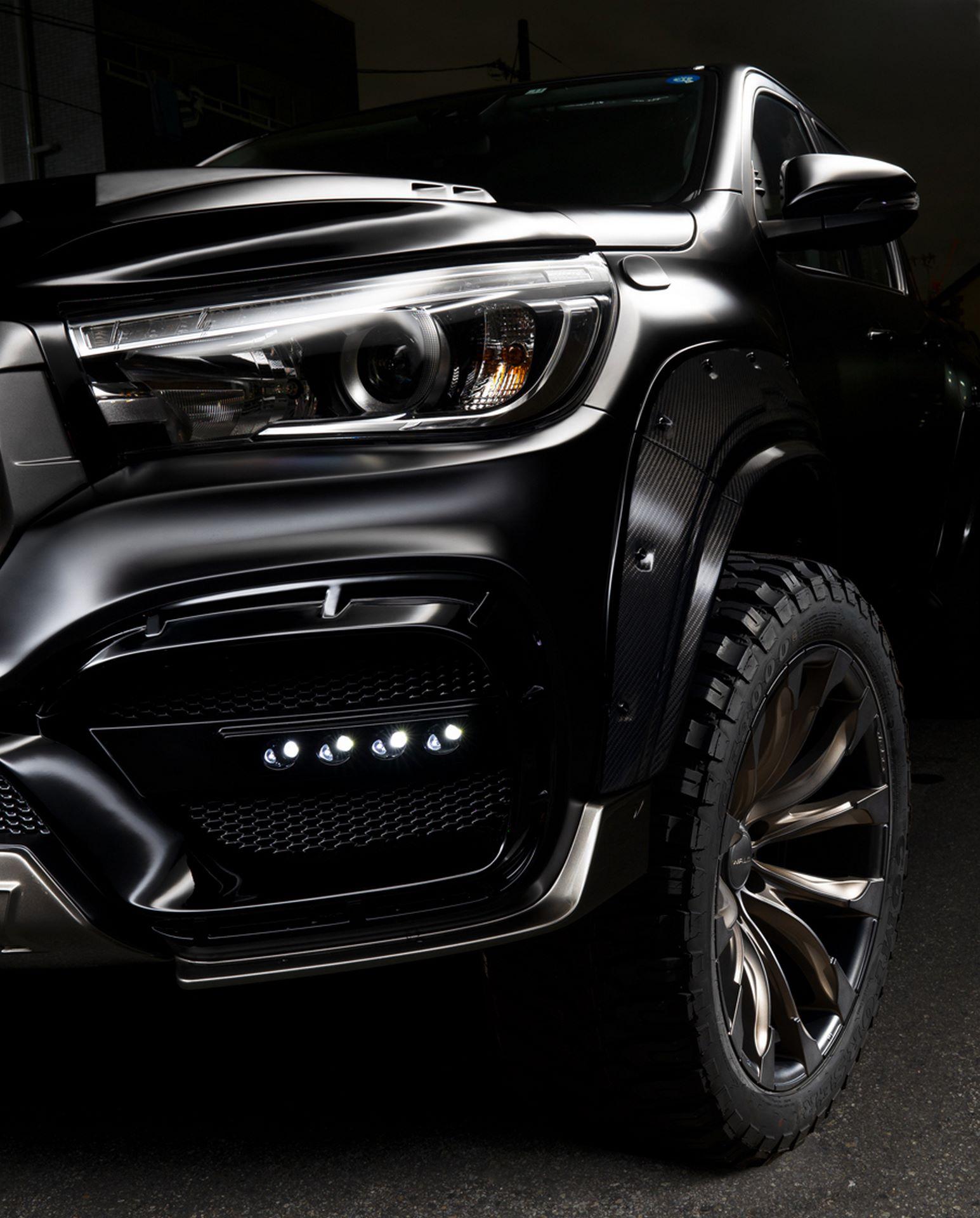 Toyota-Hilux-Black-Bison-by-Wald-International-5