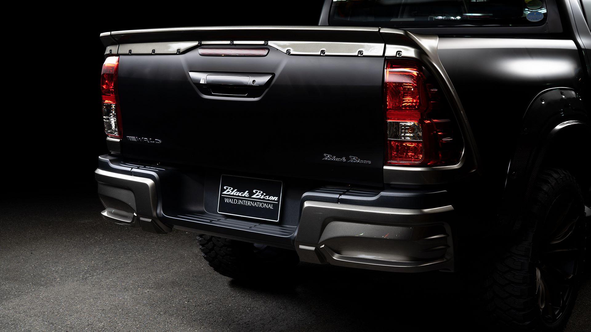 Toyota-Hilux-Black-Bison-by-Wald-International-7