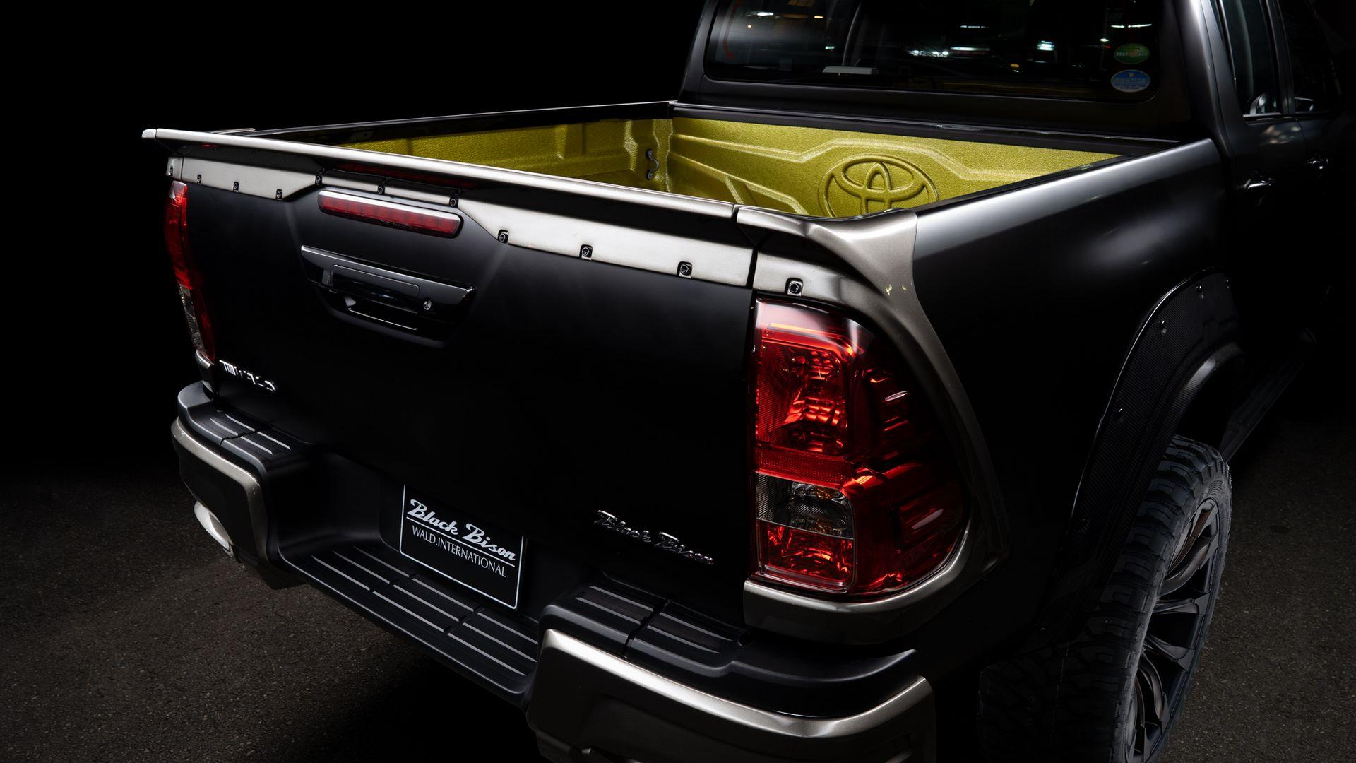 Toyota-Hilux-Black-Bison-by-Wald-International-8