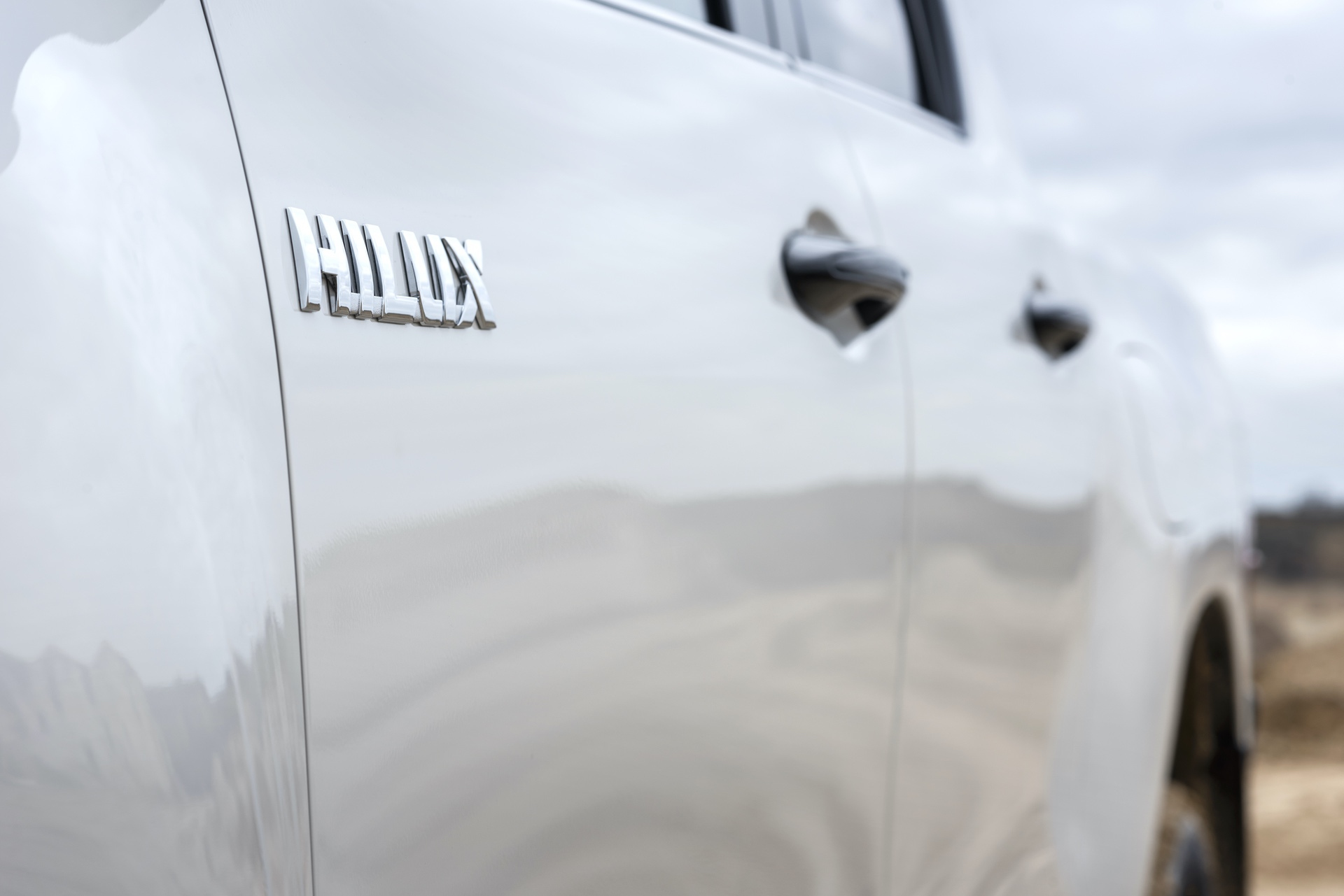 Toyota_Hilux_Special_Edition_0006