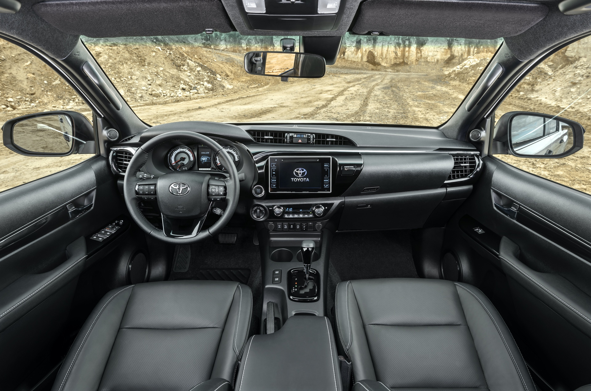 Toyota_Hilux_Special_Edition_0013