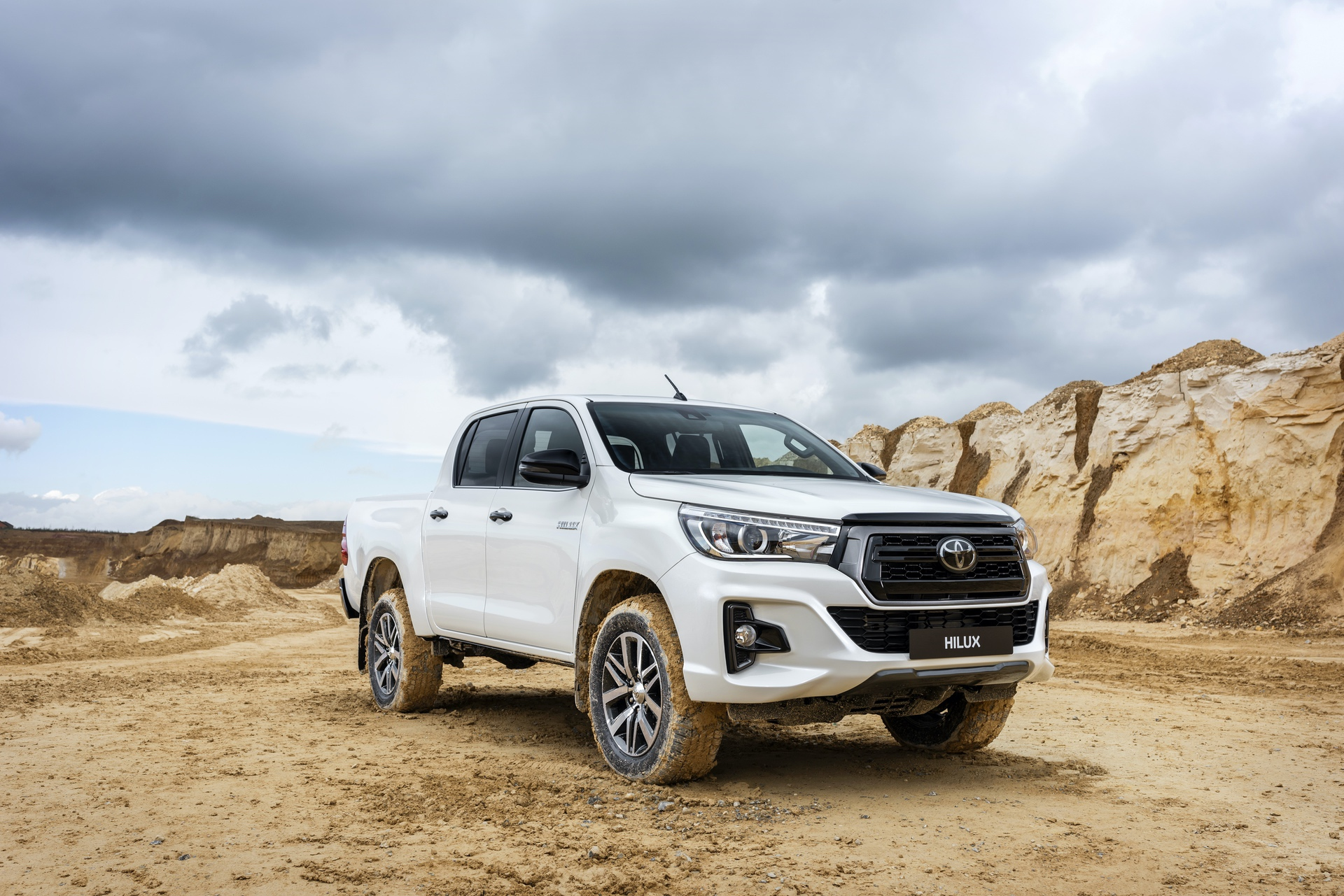 Toyota_Hilux_Special_Edition_0024