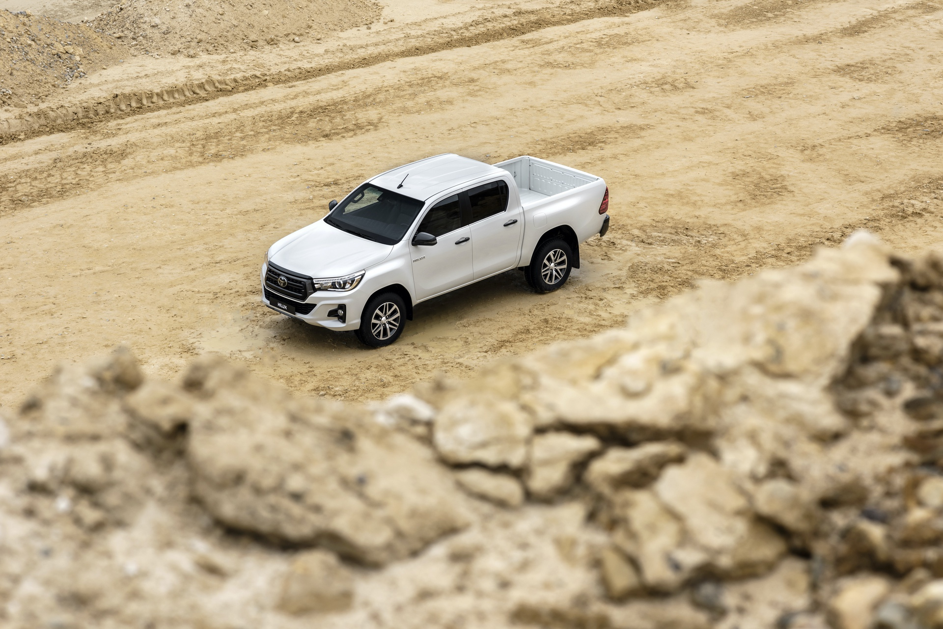 Toyota_Hilux_Special_Edition_0035