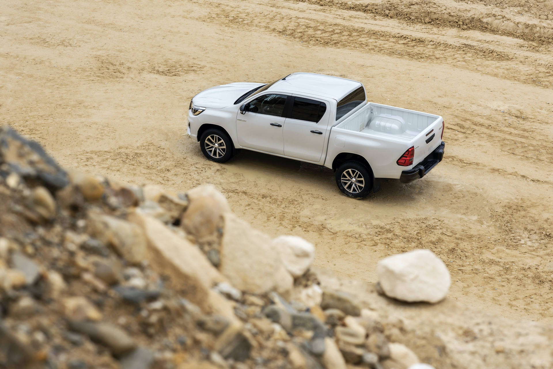 Toyota_Hilux_Special_Edition_0037