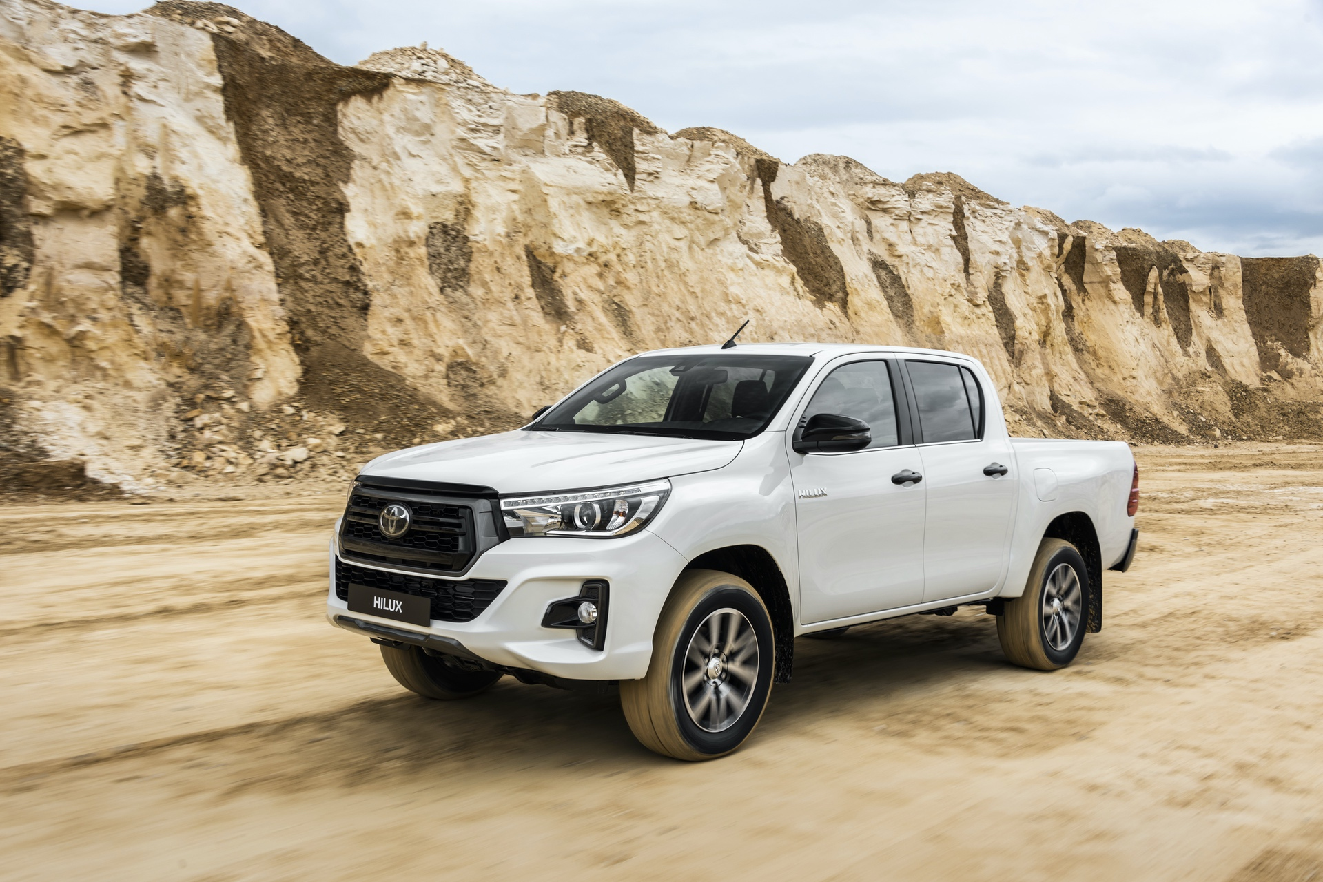 Toyota_Hilux_Special_Edition_0040