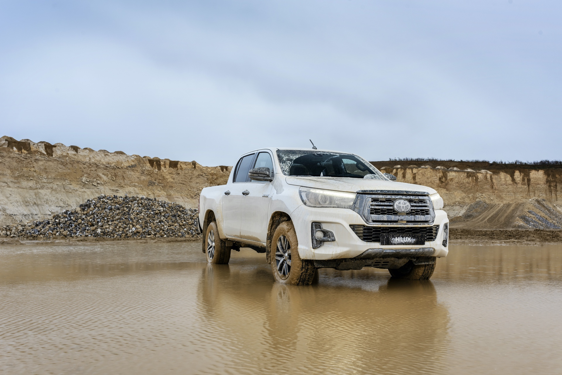 Toyota_Hilux_Special_Edition_0051