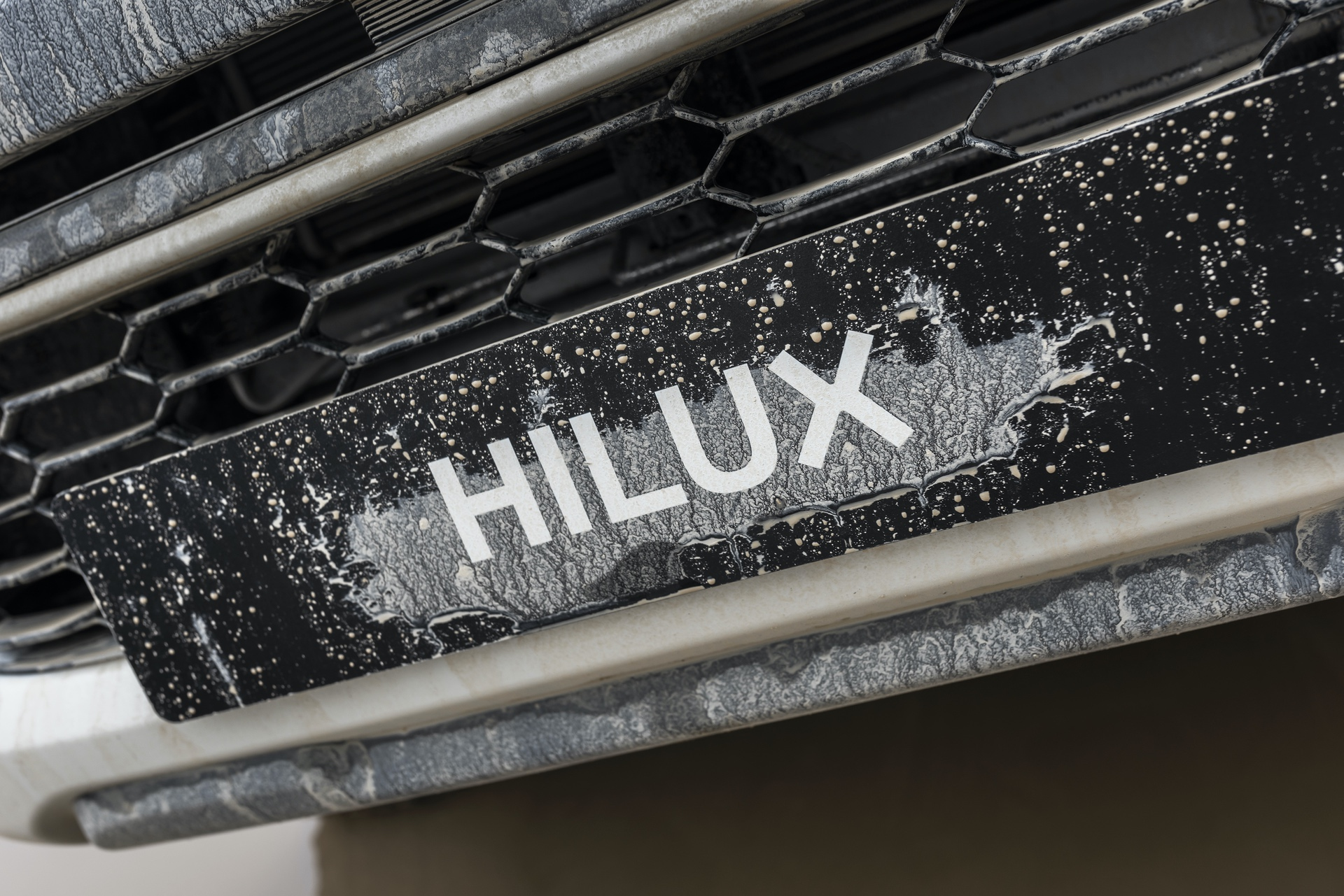Toyota_Hilux_Special_Edition_0053