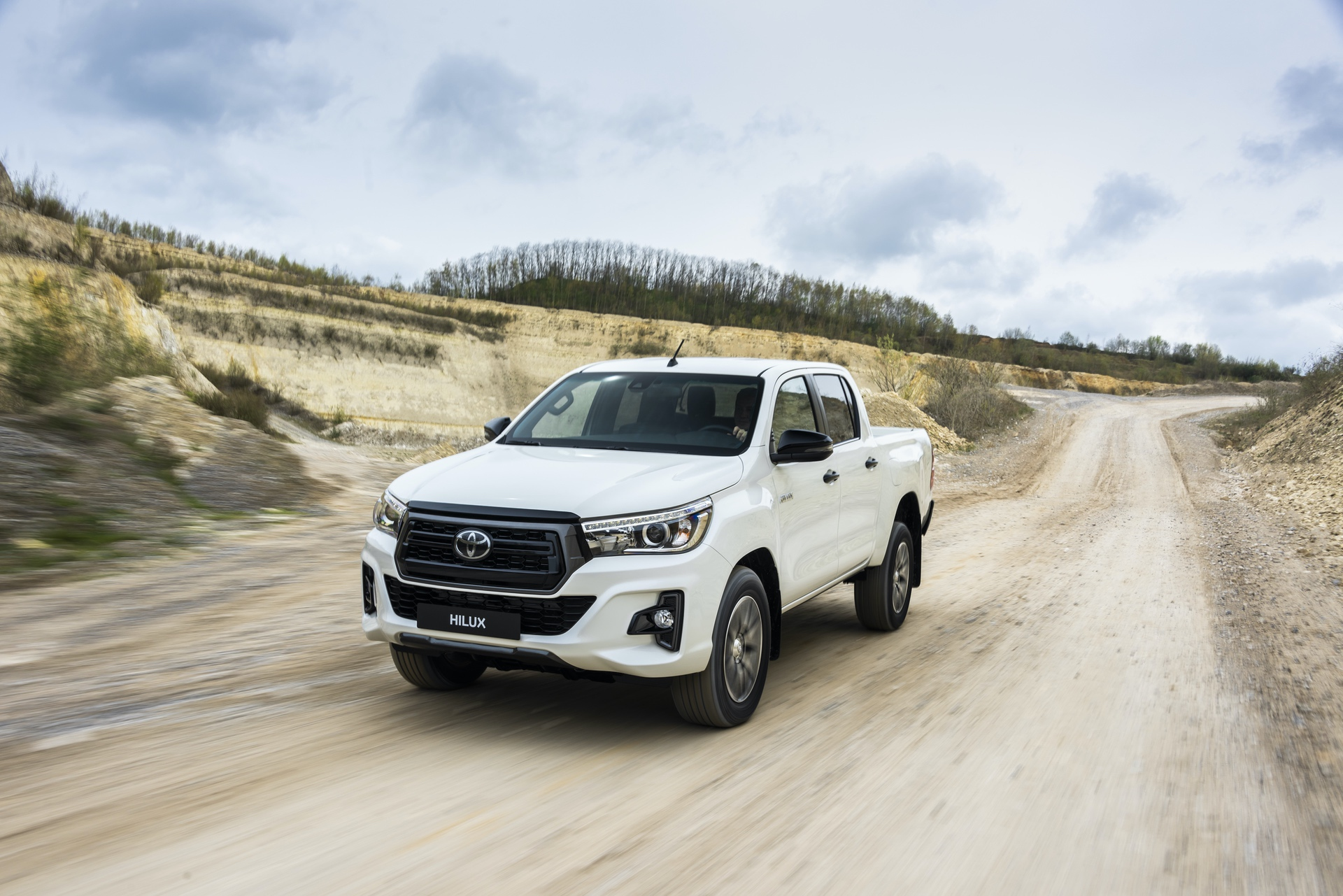 Toyota_Hilux_Special_Edition_0063