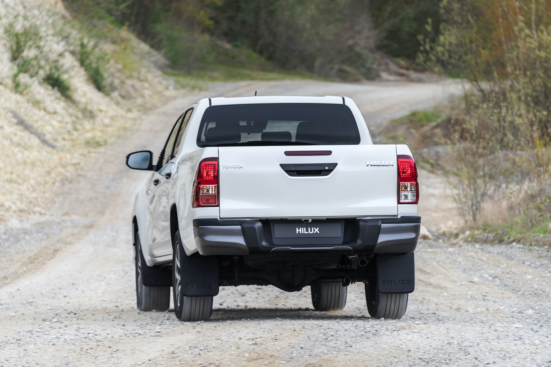Toyota_Hilux_Special_Edition_0065