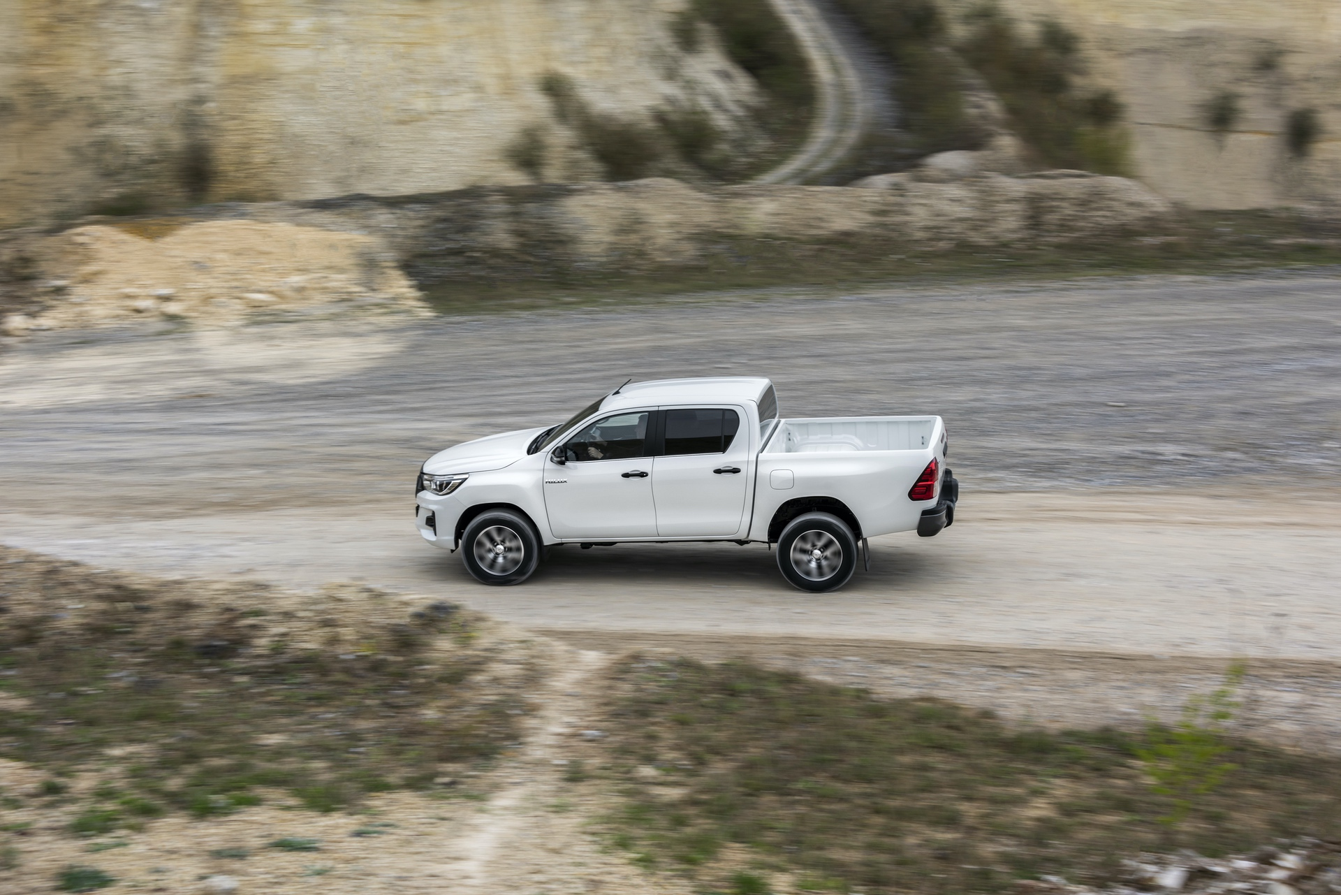 Toyota_Hilux_Special_Edition_0068
