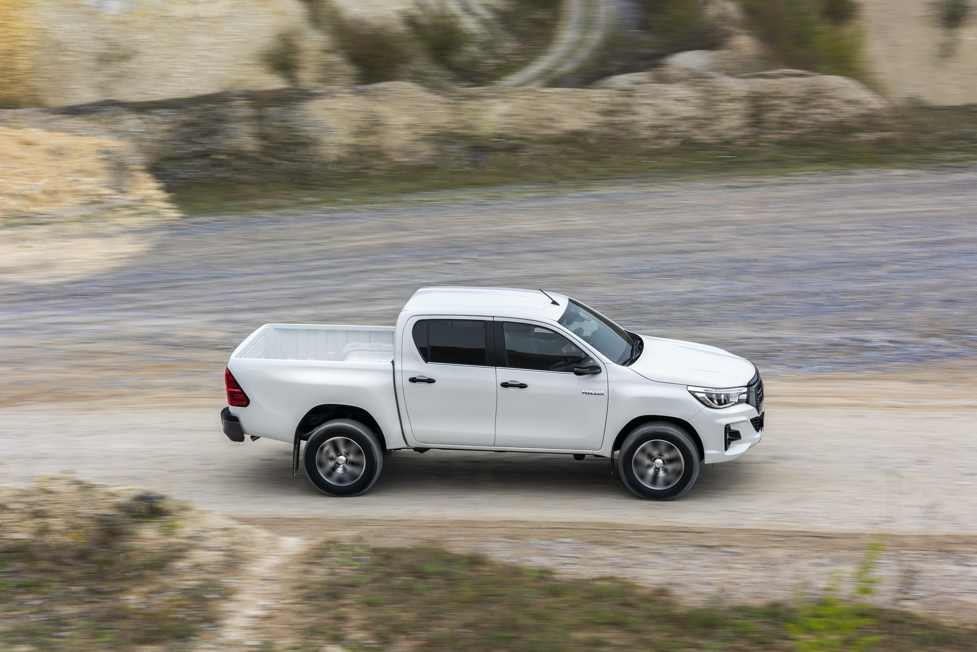 Toyota_Hilux_Special_Edition_0069