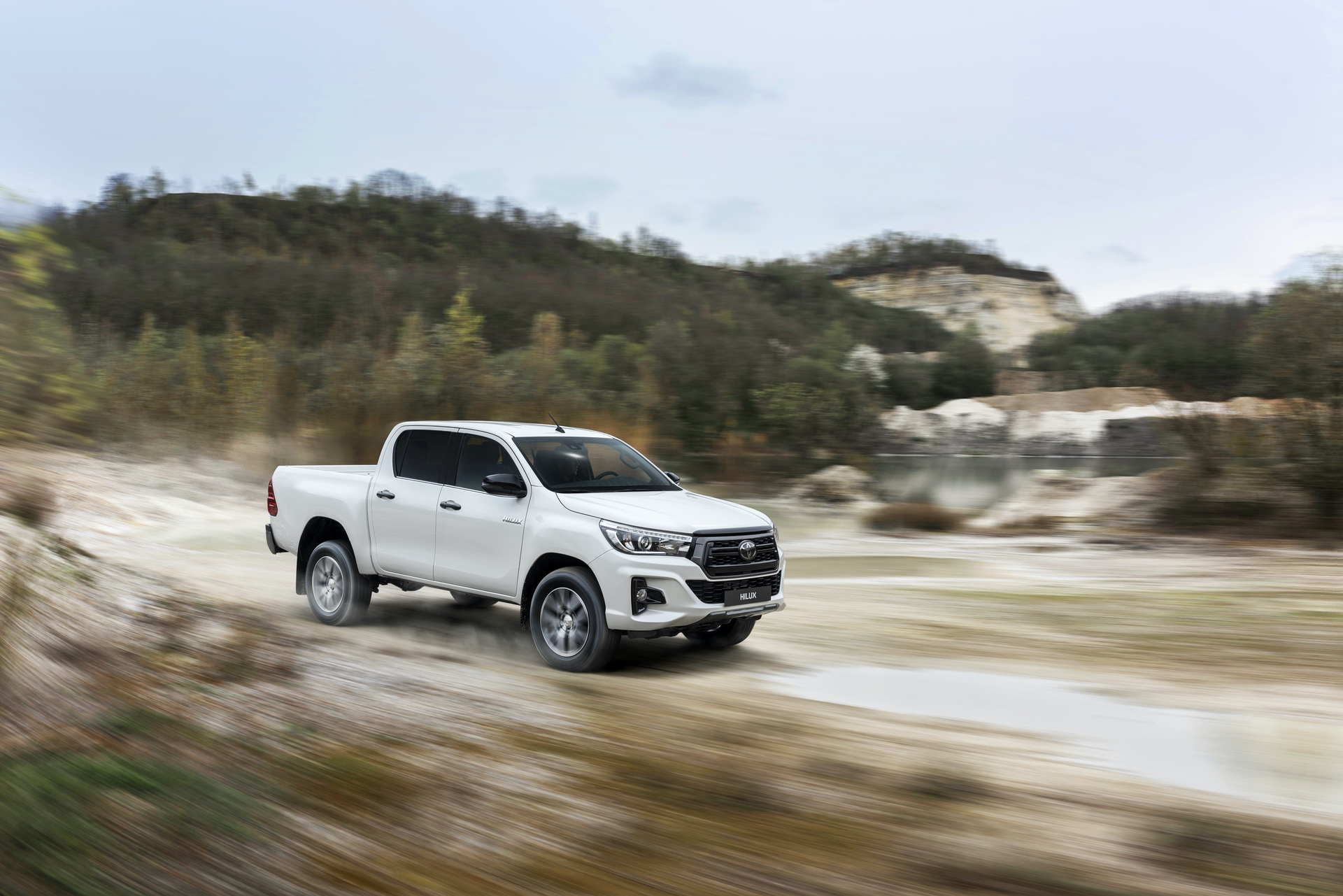 Toyota_Hilux_Special_Edition_0070