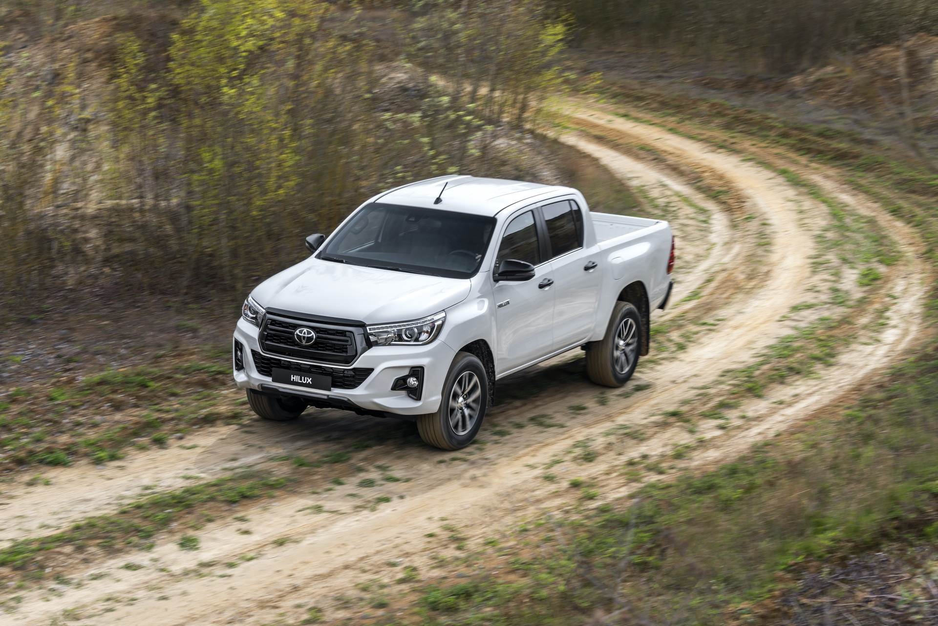 Toyota_Hilux_Special_Edition_0074