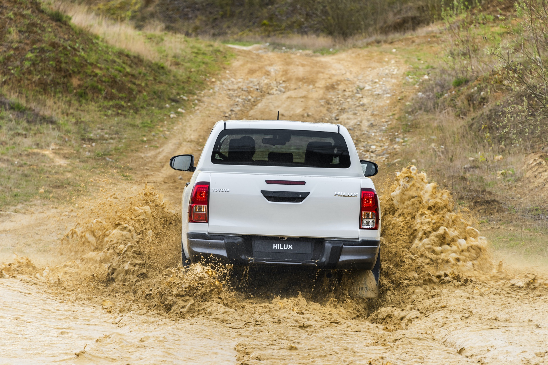 Toyota_Hilux_Special_Edition_0077