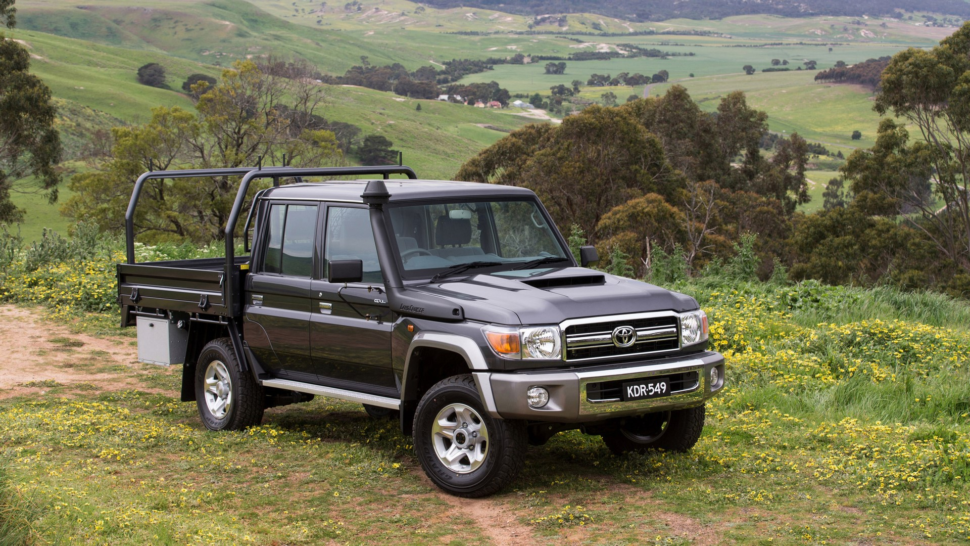 2016 Toyota LandCruiser 70 Series Double Cab Chassis GXL