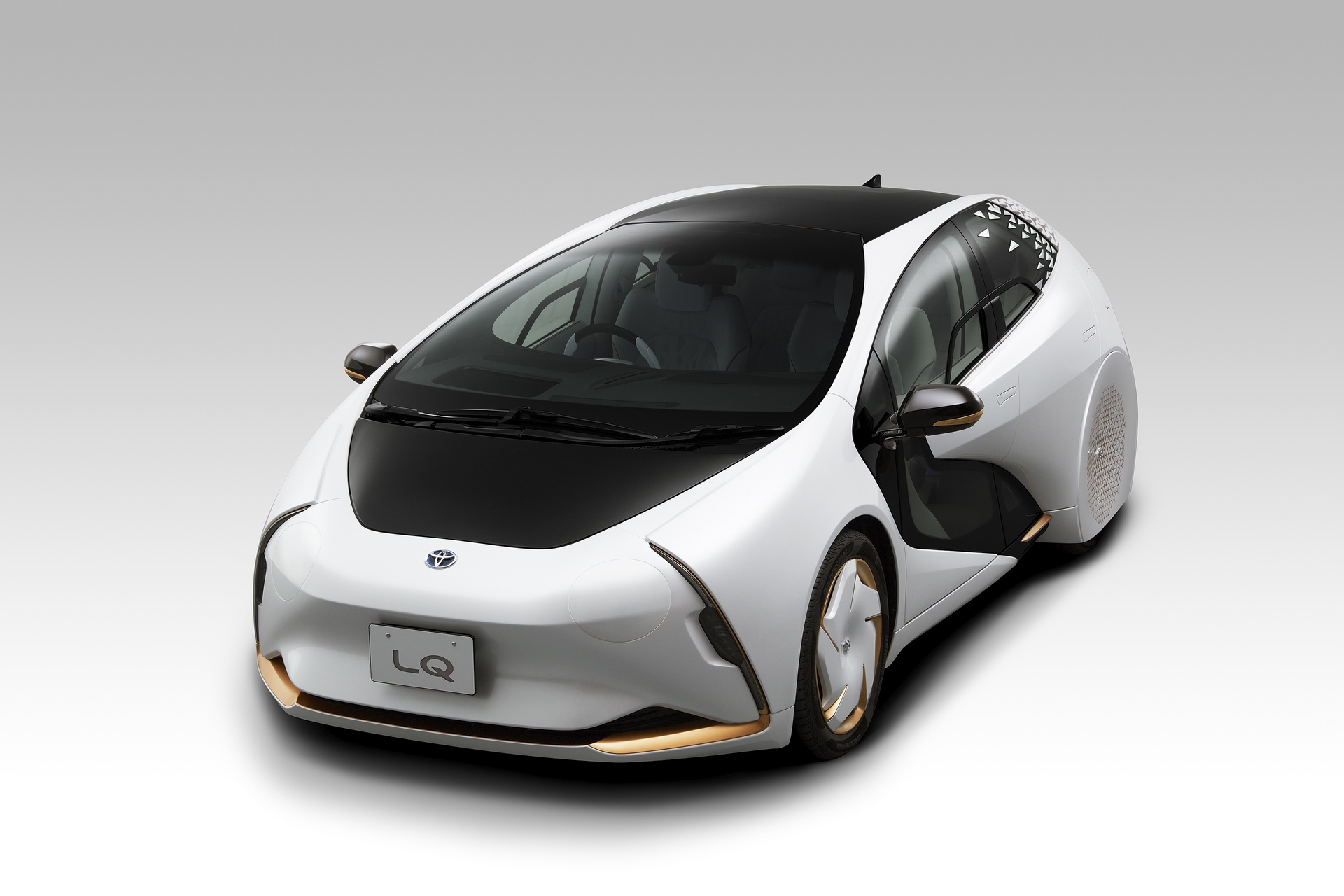 Toyota_LQ_Concept_0000