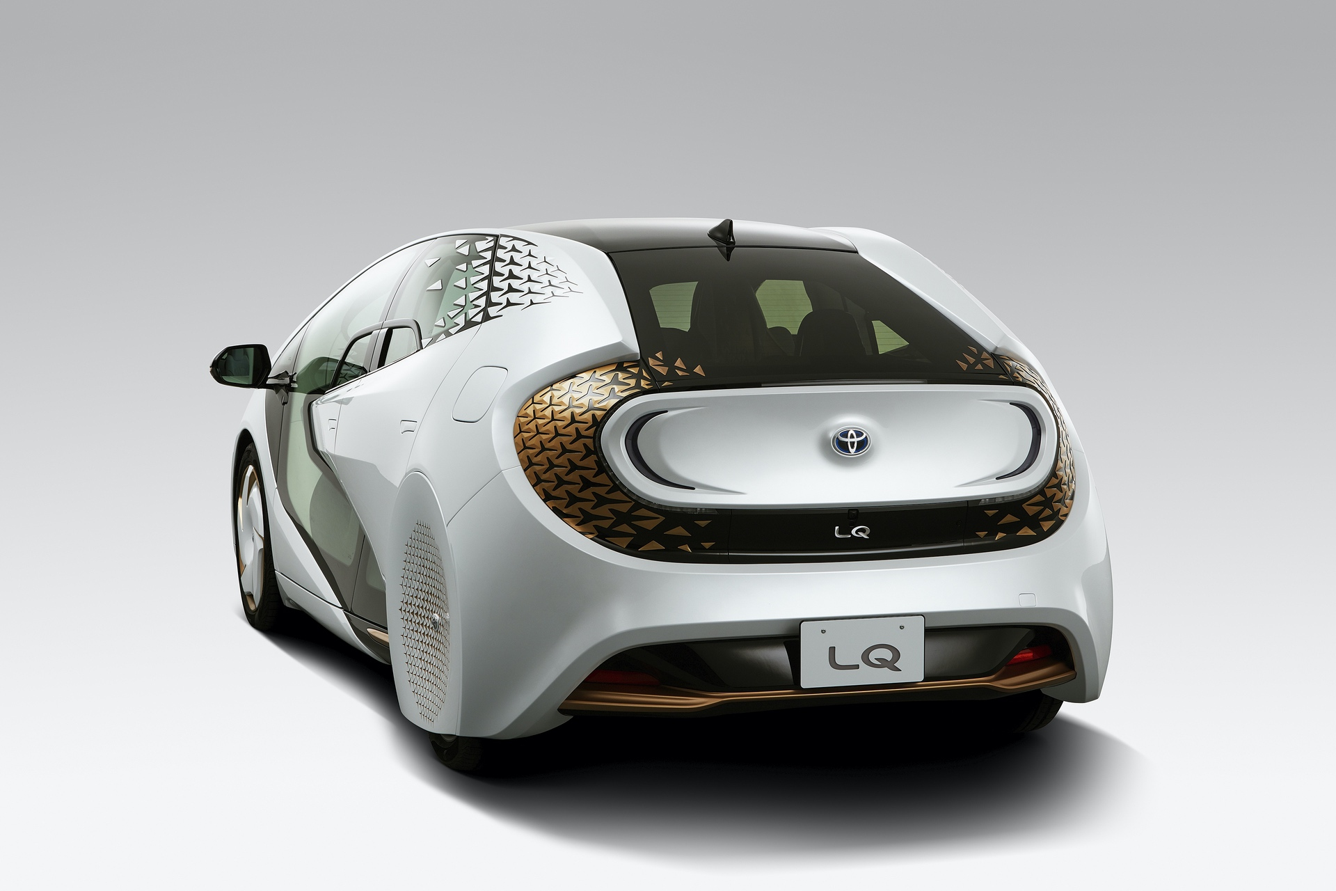 Toyota_LQ_Concept_0011