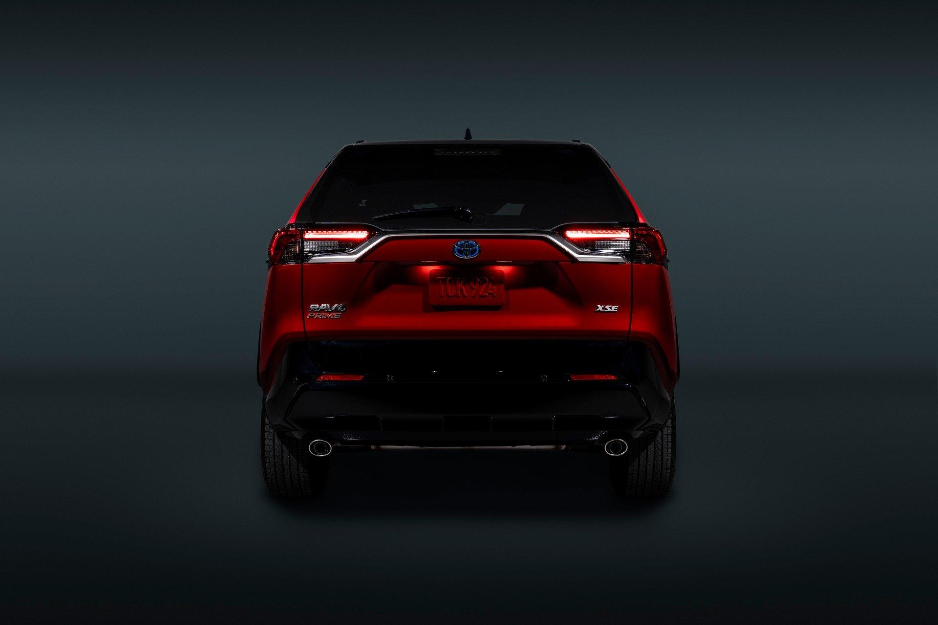 Toyota-RAV4-Plug-in-Hybrid-Prime-2020-15