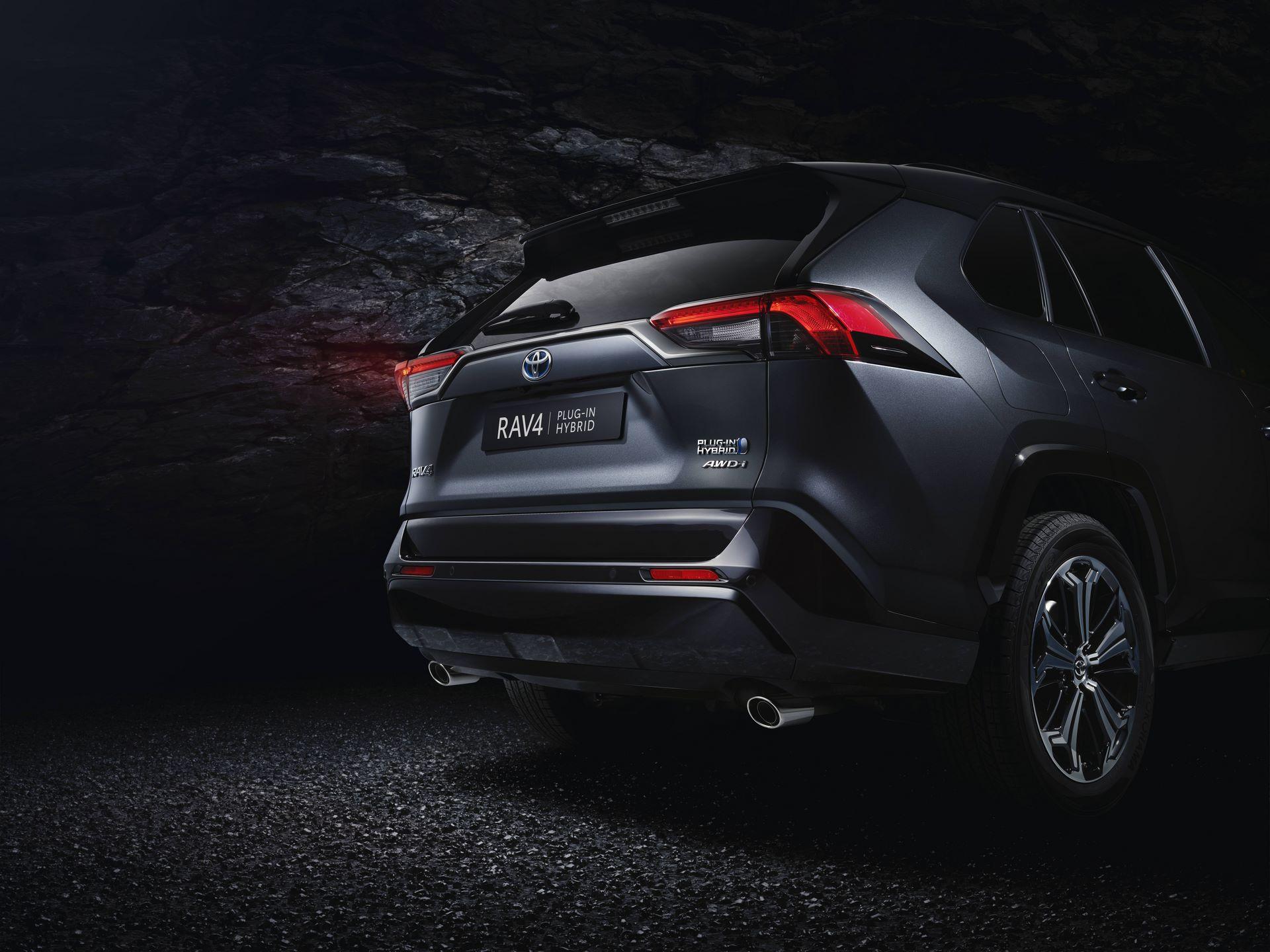 Toyota-RAV4-Plug-in-Hybrid-Prime-2020-2