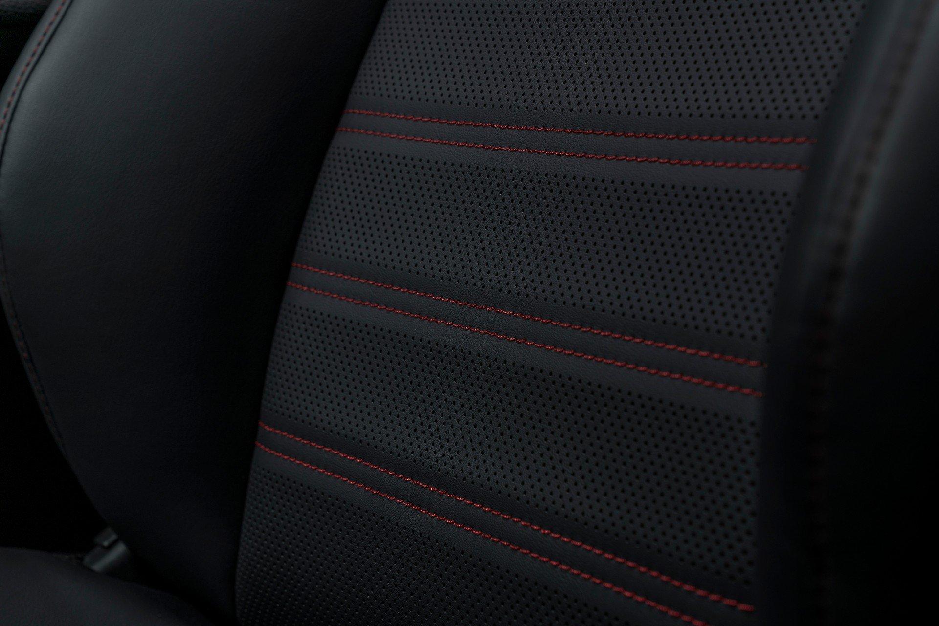 Toyota-RAV4-Plug-in-Hybrid-Prime-2020-30