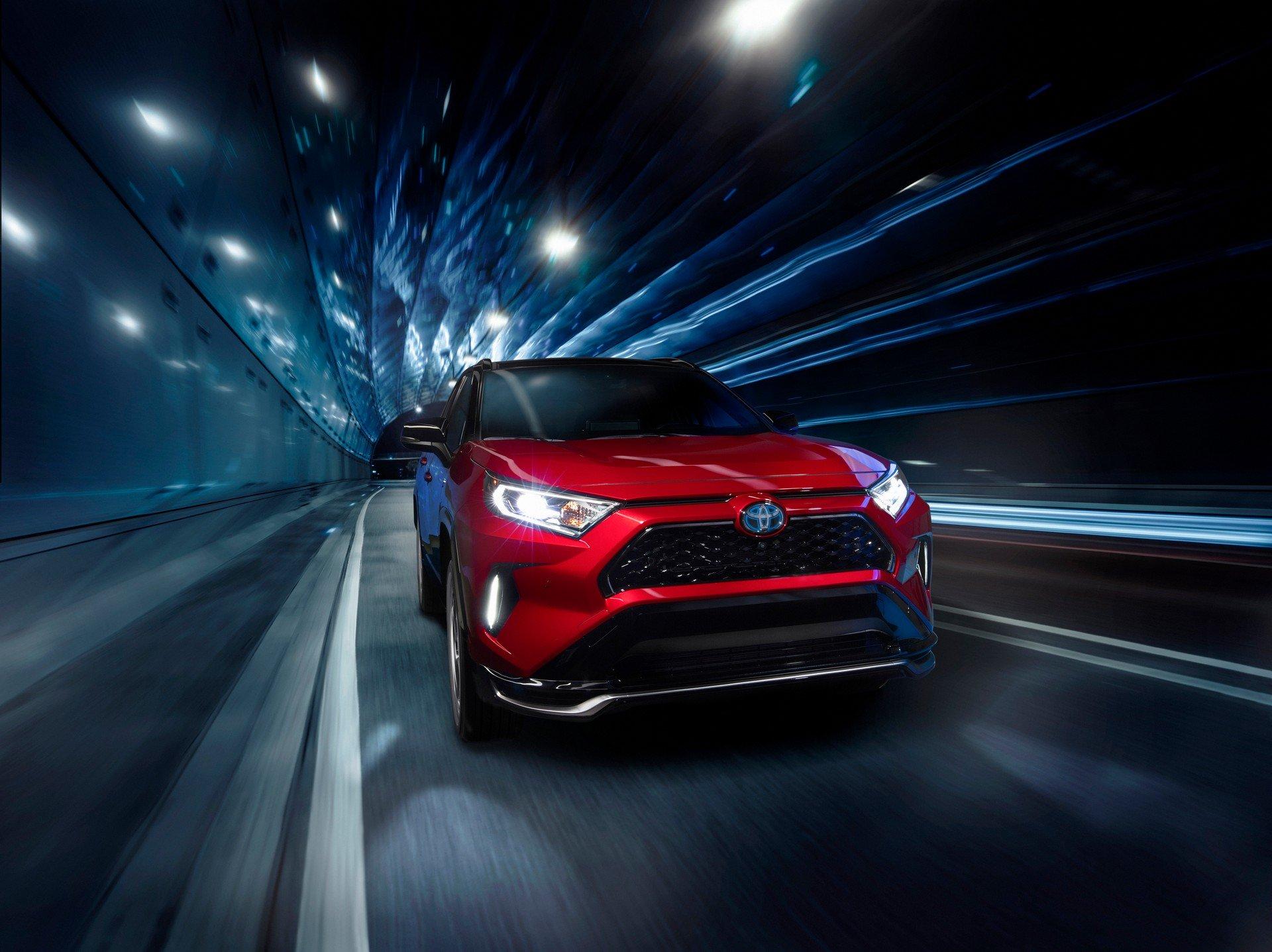 Toyota-RAV4-Plug-in-Hybrid-Prime-2020-4