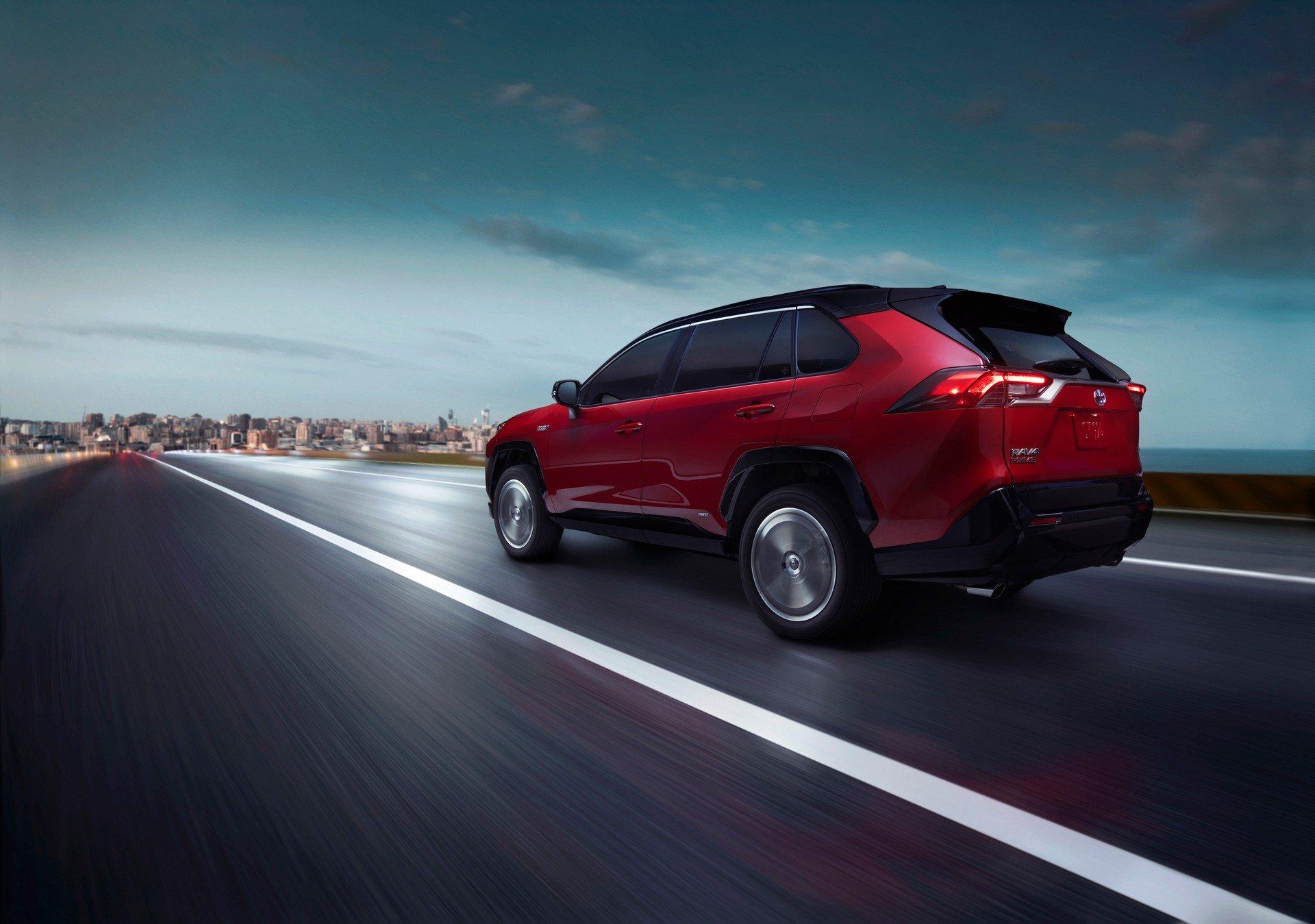 Toyota-RAV4-Plug-in-Hybrid-Prime-2020-8
