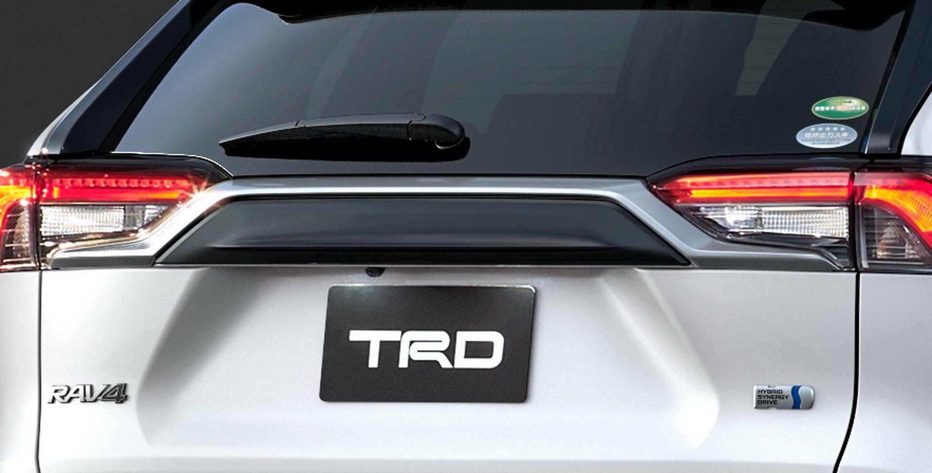 Toyota-RAV4-TRD-and-Modellista-32