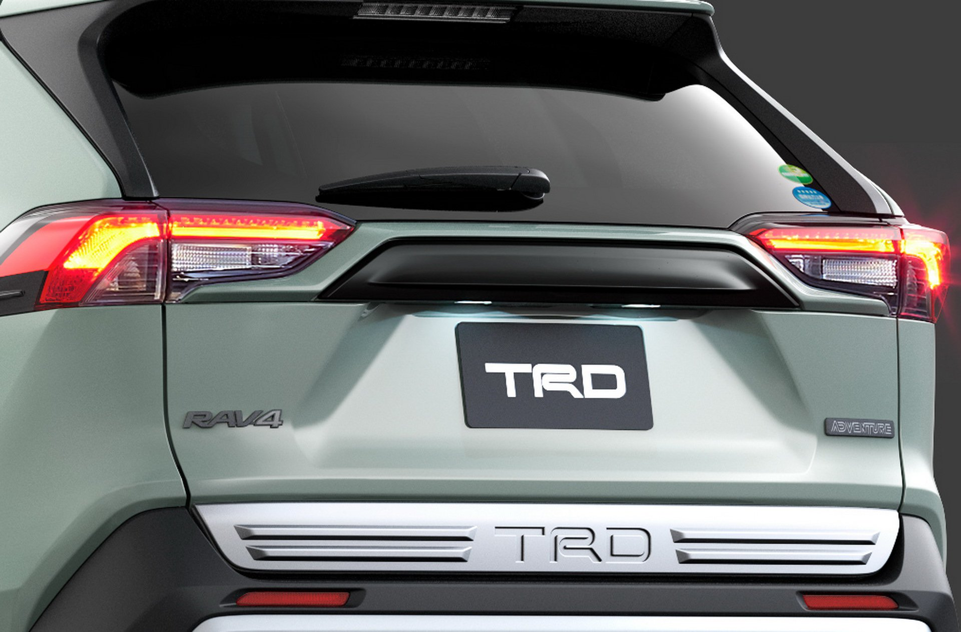 Toyota-RAV4-TRD-and-Modellista-33