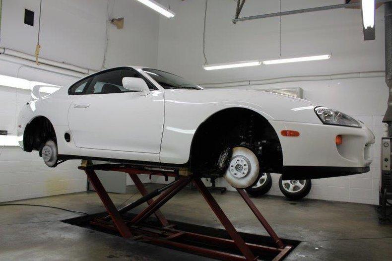 Toyota-Supra-Turbo-1994-white-for-sale-21