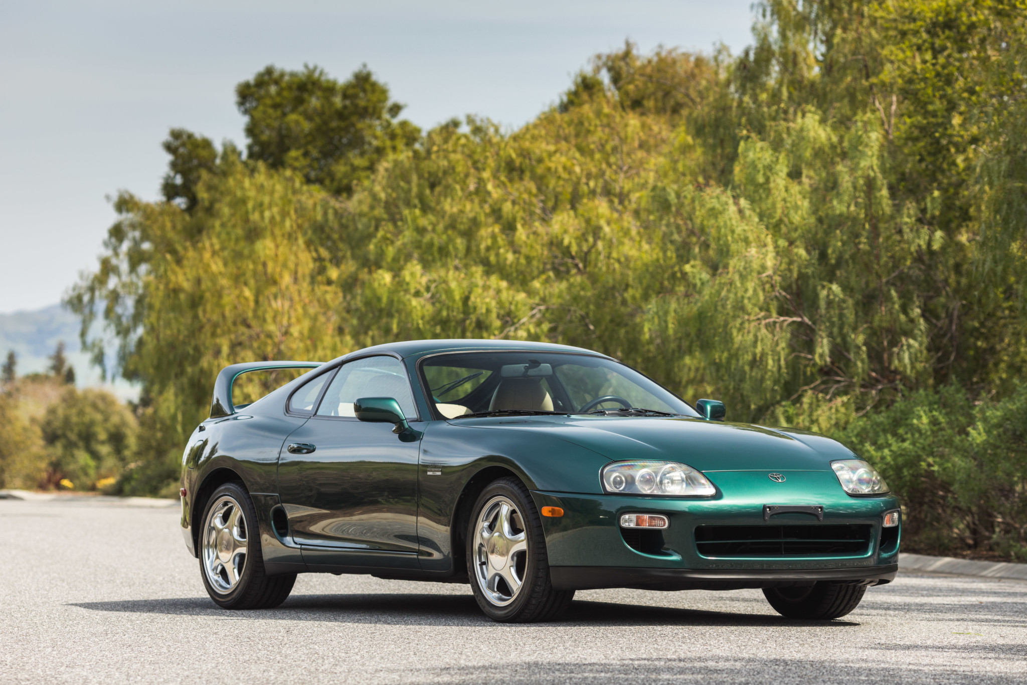 Toyota-Supra-Twin-Turbo-1997-sale-11