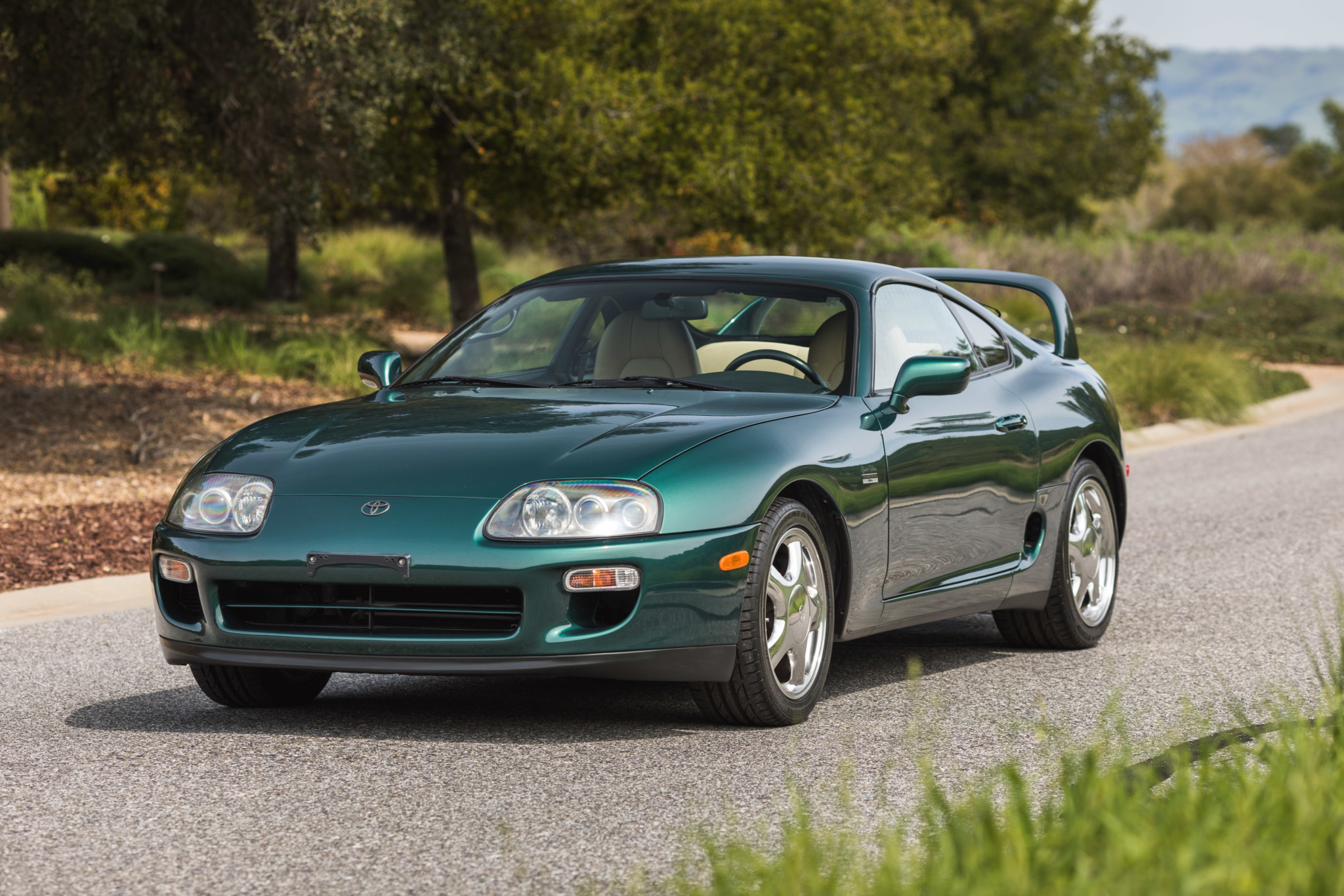 Toyota-Supra-Twin-Turbo-1997-sale-13