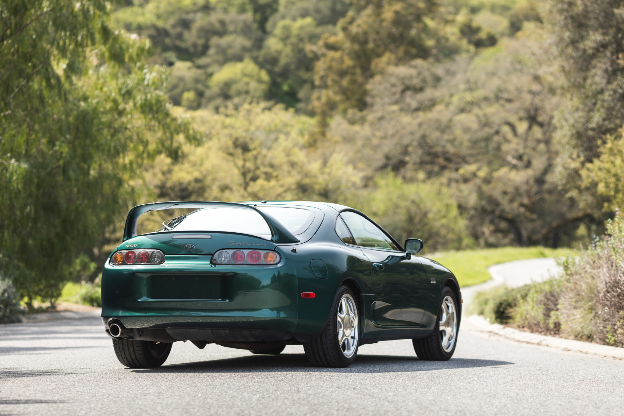 Toyota-Supra-Twin-Turbo-1997-sale-15
