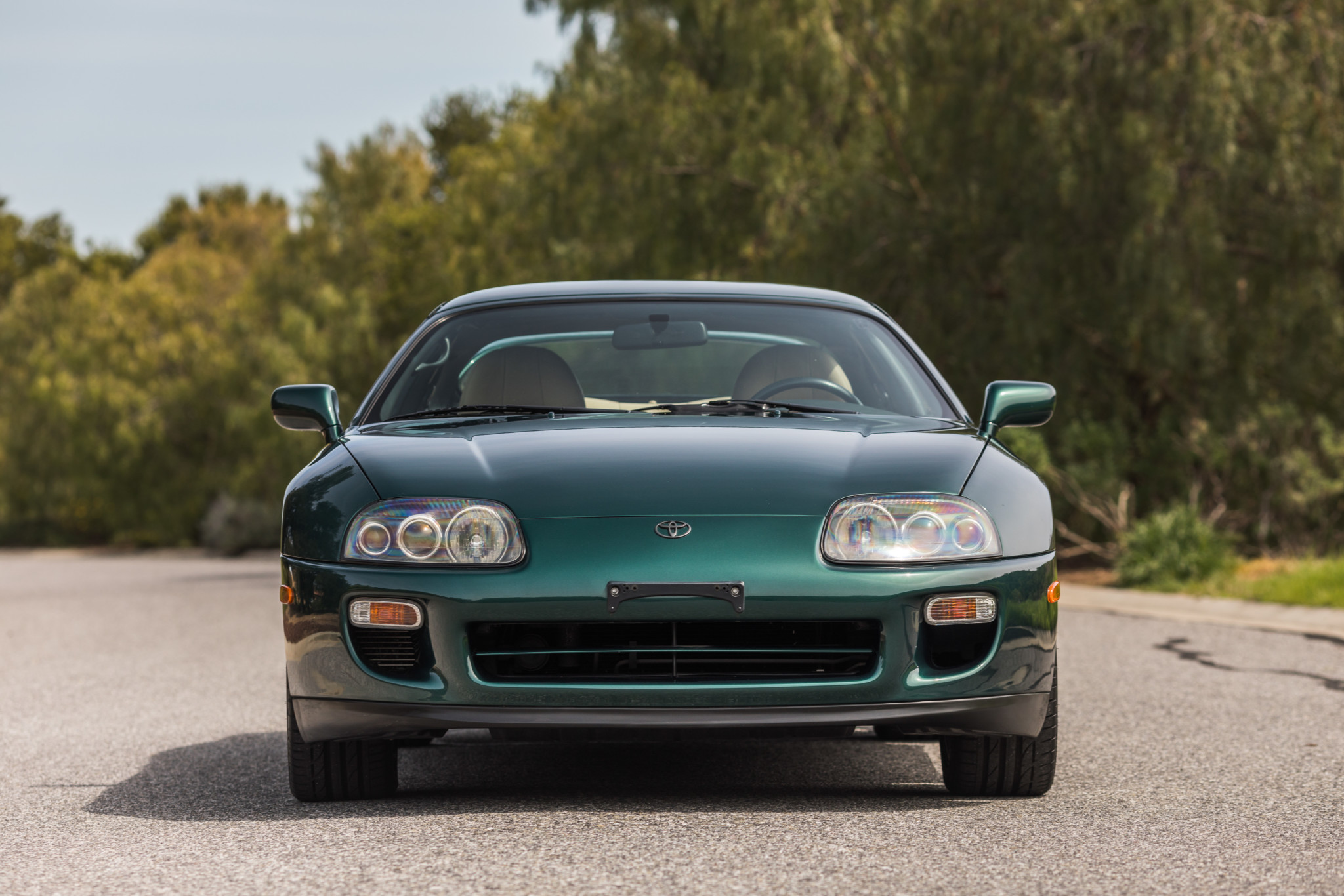 Toyota-Supra-Twin-Turbo-1997-sale-6