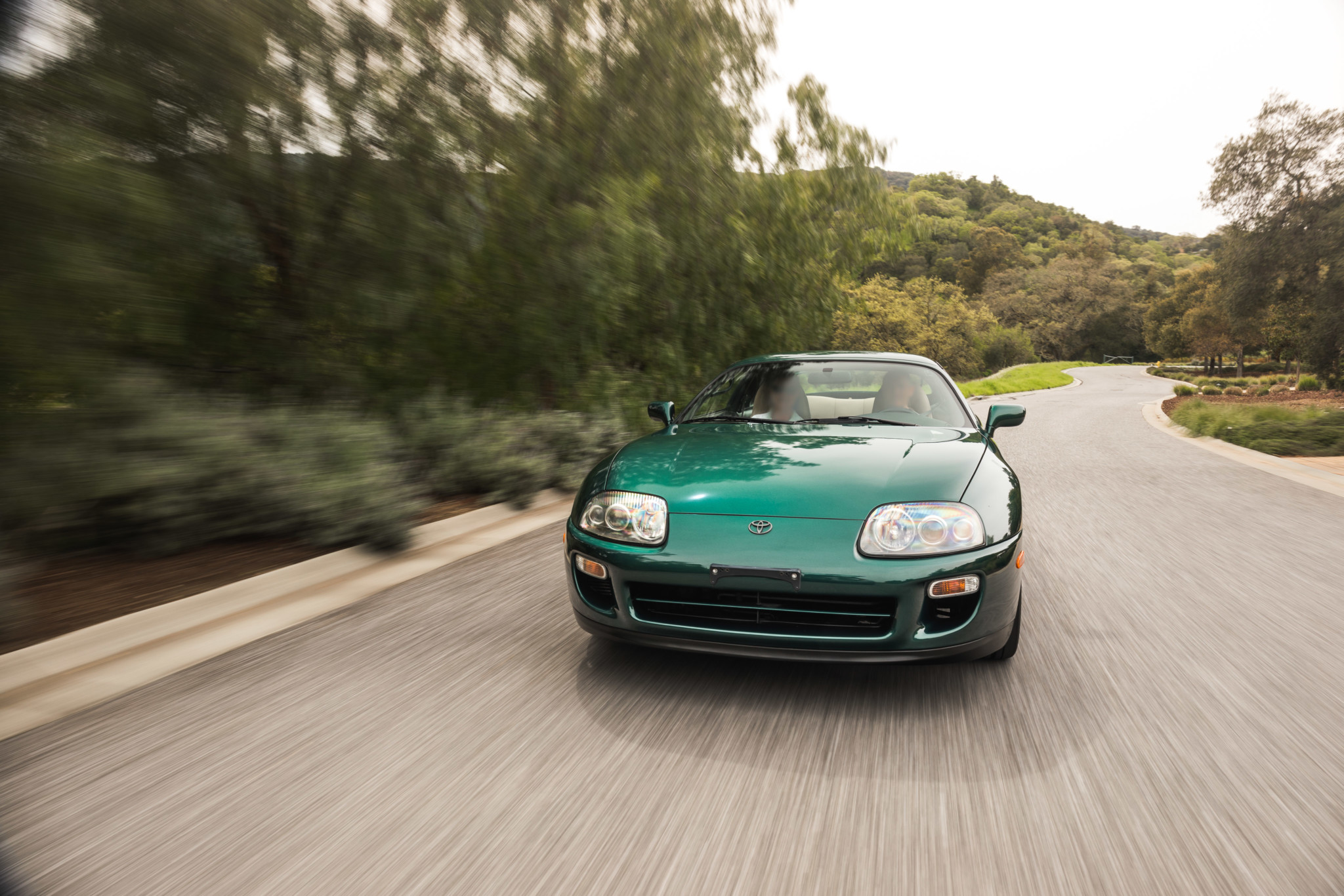 Toyota-Supra-Twin-Turbo-1997-sale-8