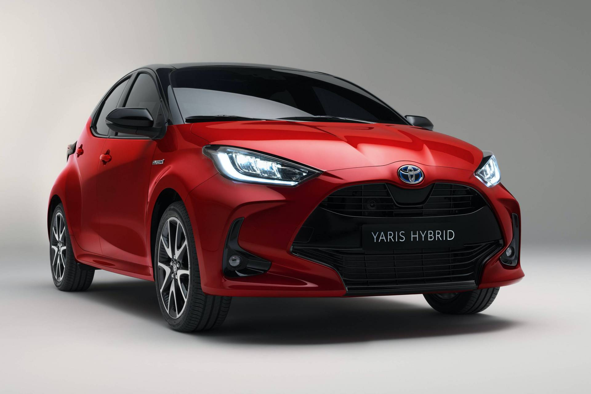 Toyota-Yaris-2020-1